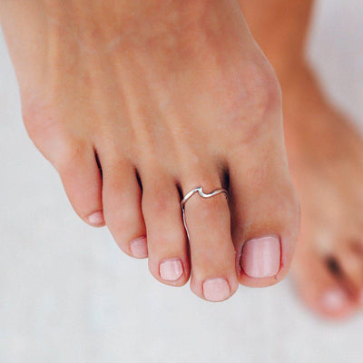 Wave Toe Ring - The Salty Mare