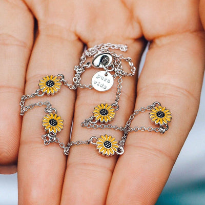 Sunflower Choker - The Salty Mare