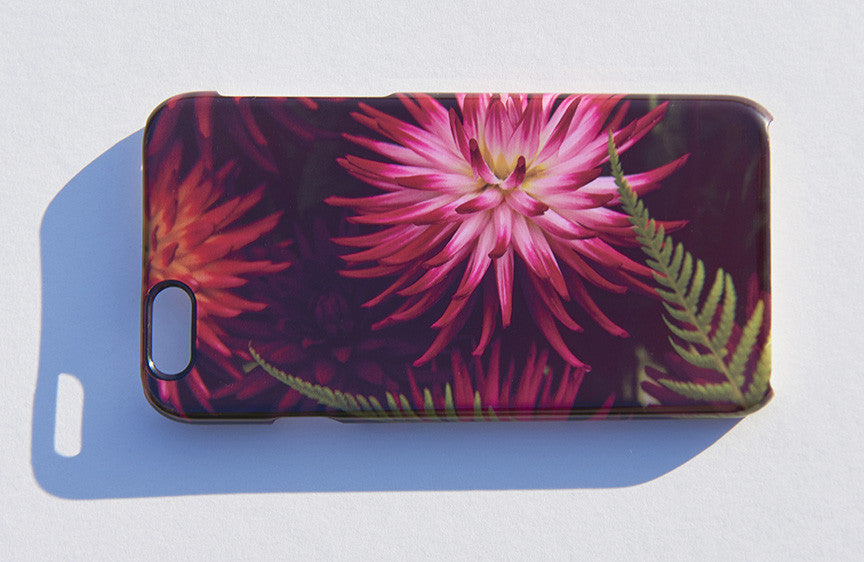 'Dahlia Urchin' phone cover
