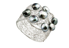 15-16mm Tahitian Baroque Pearl And Diamond Bangle