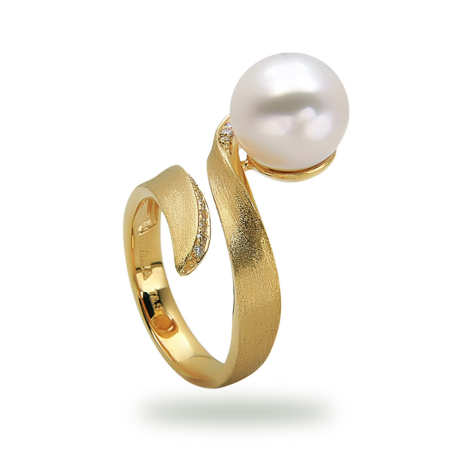 Modern 10-11mm White Freshwater Ring