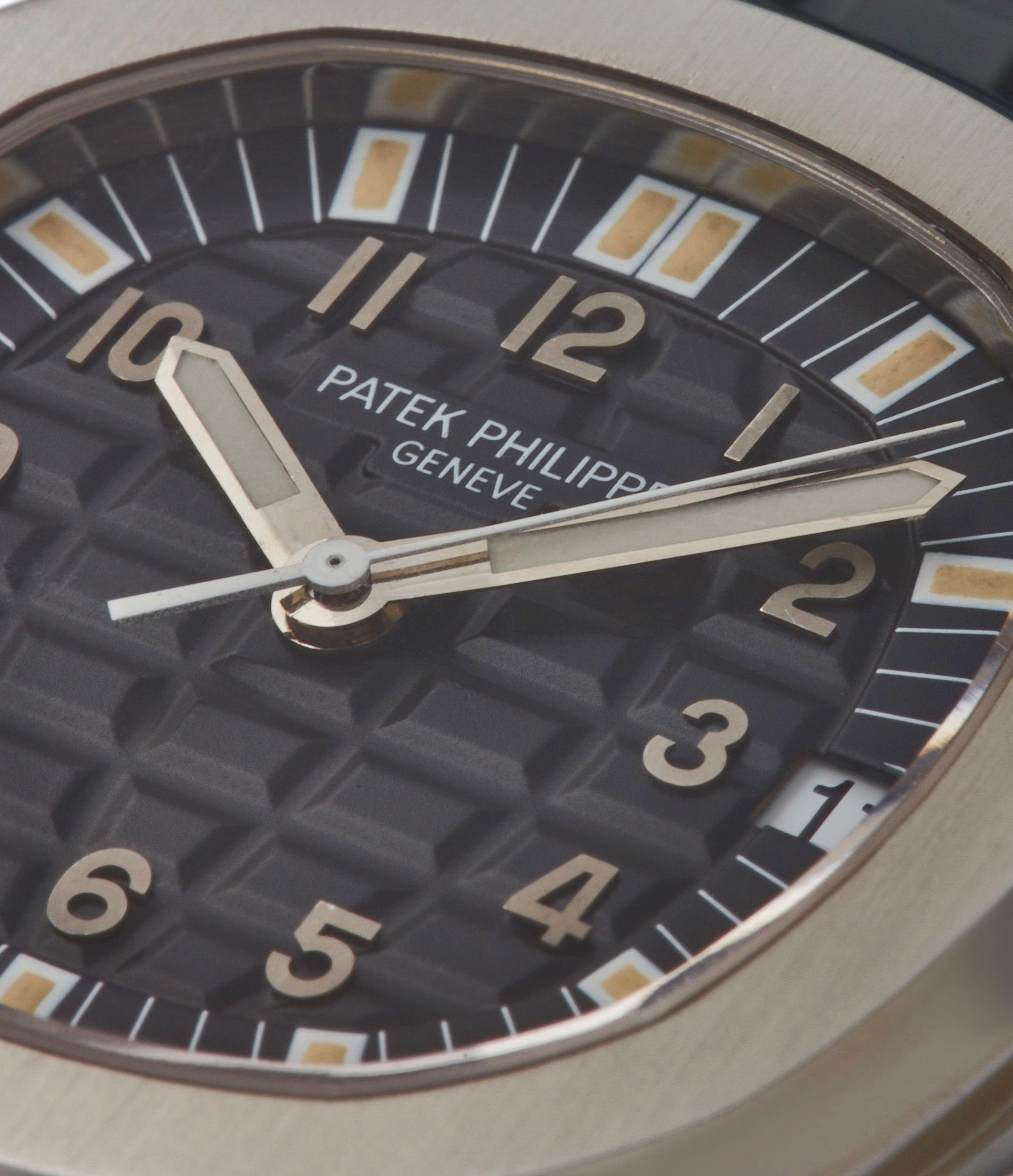 Patek Philippe 5065 Aquanaut macro shot with tritium lume for A Collected Man London
