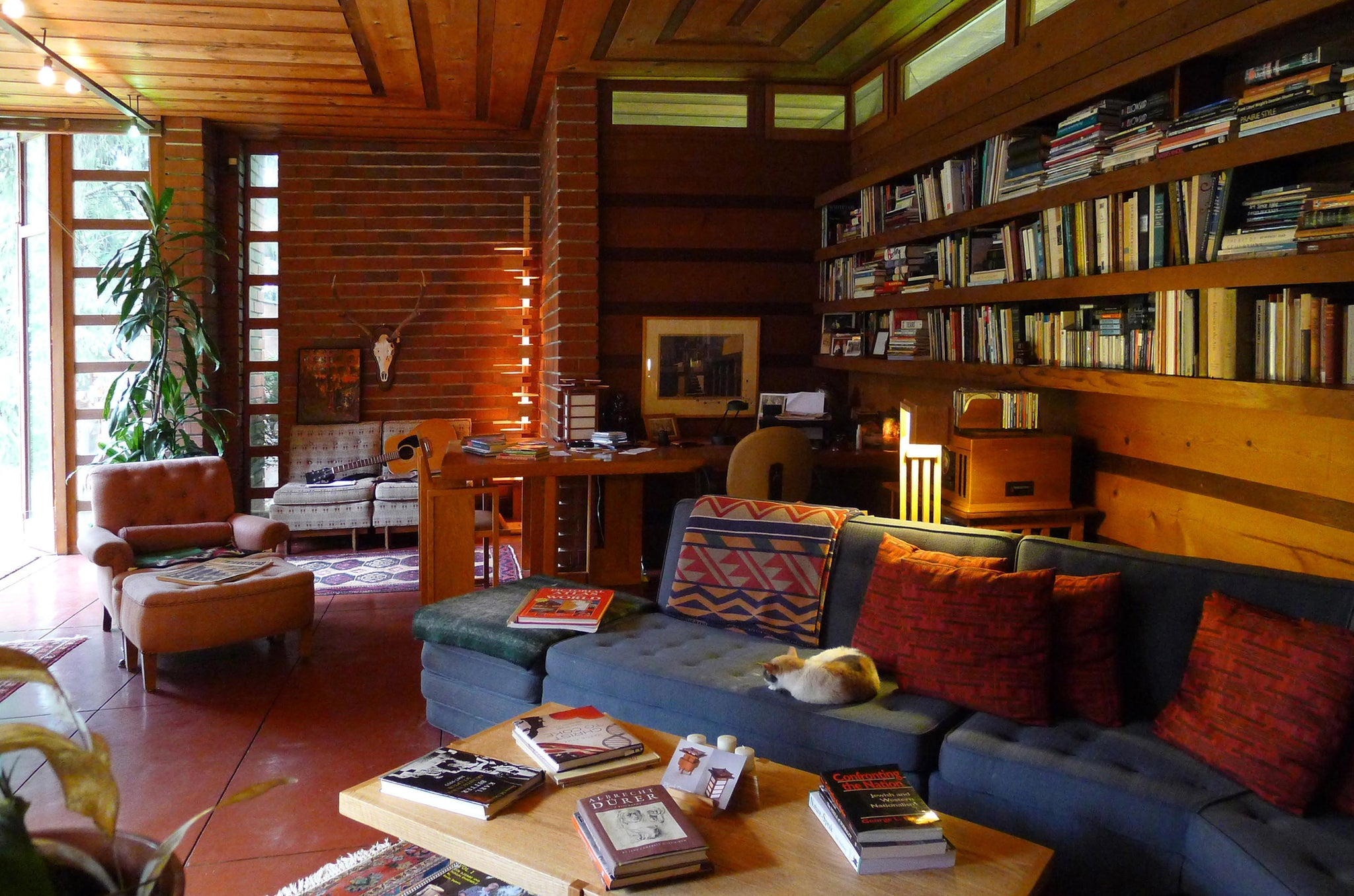 Frank Lloyd Wright's Jacobs First House living room