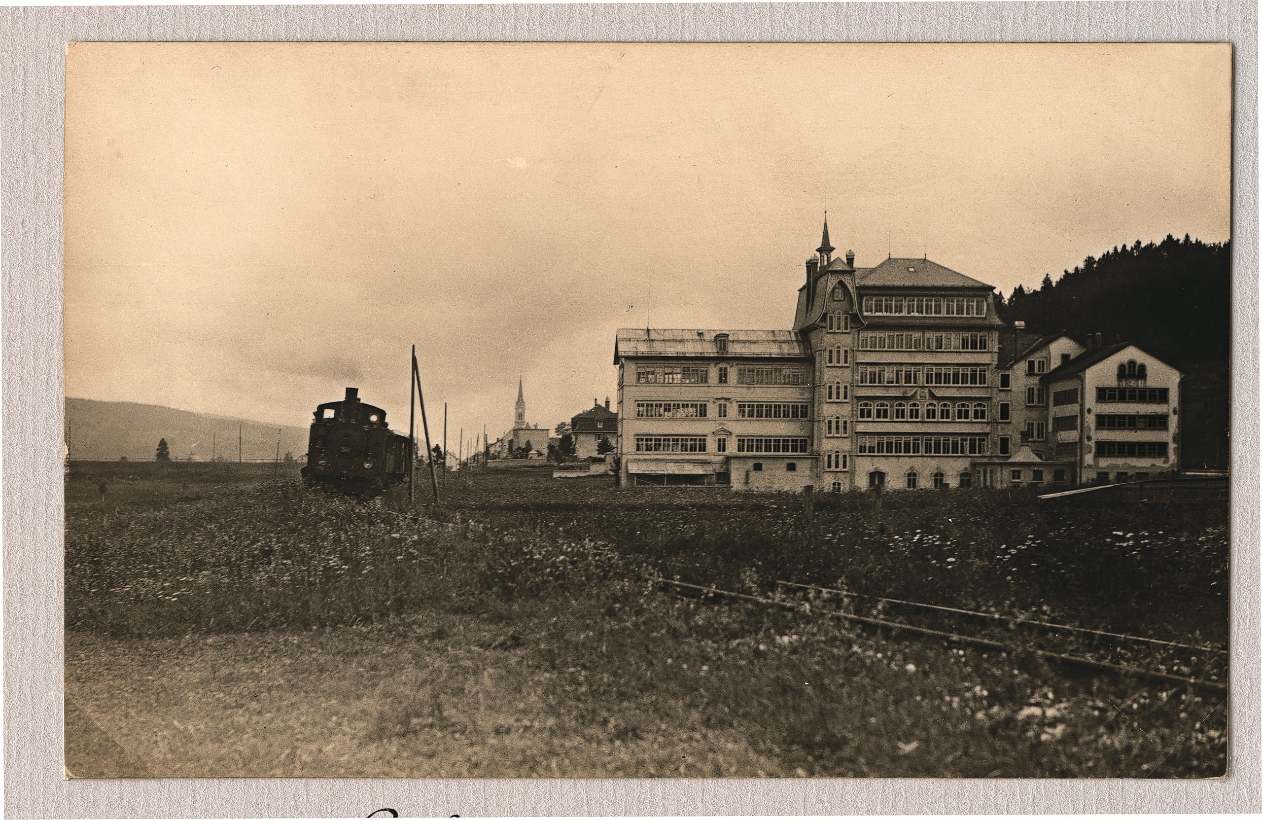 B&W picture of Jaeger-LeCoultre manufacture building in le Sentier around 1900 in The Flippin' History of the Reverso for A Collected Man