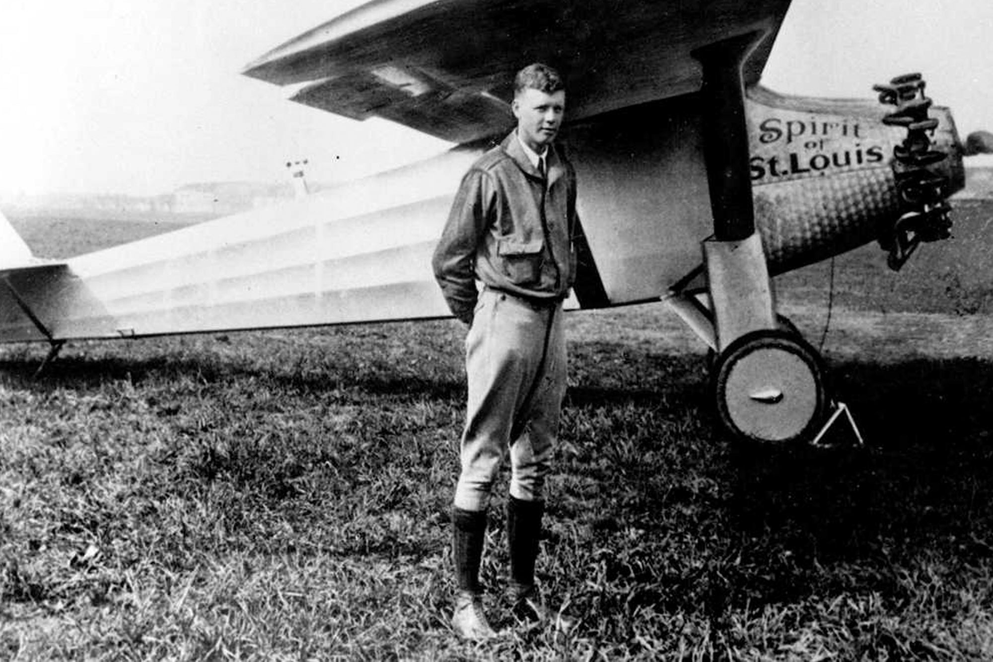 Charles Lindbergh next to the legendary Spirit of St Louis