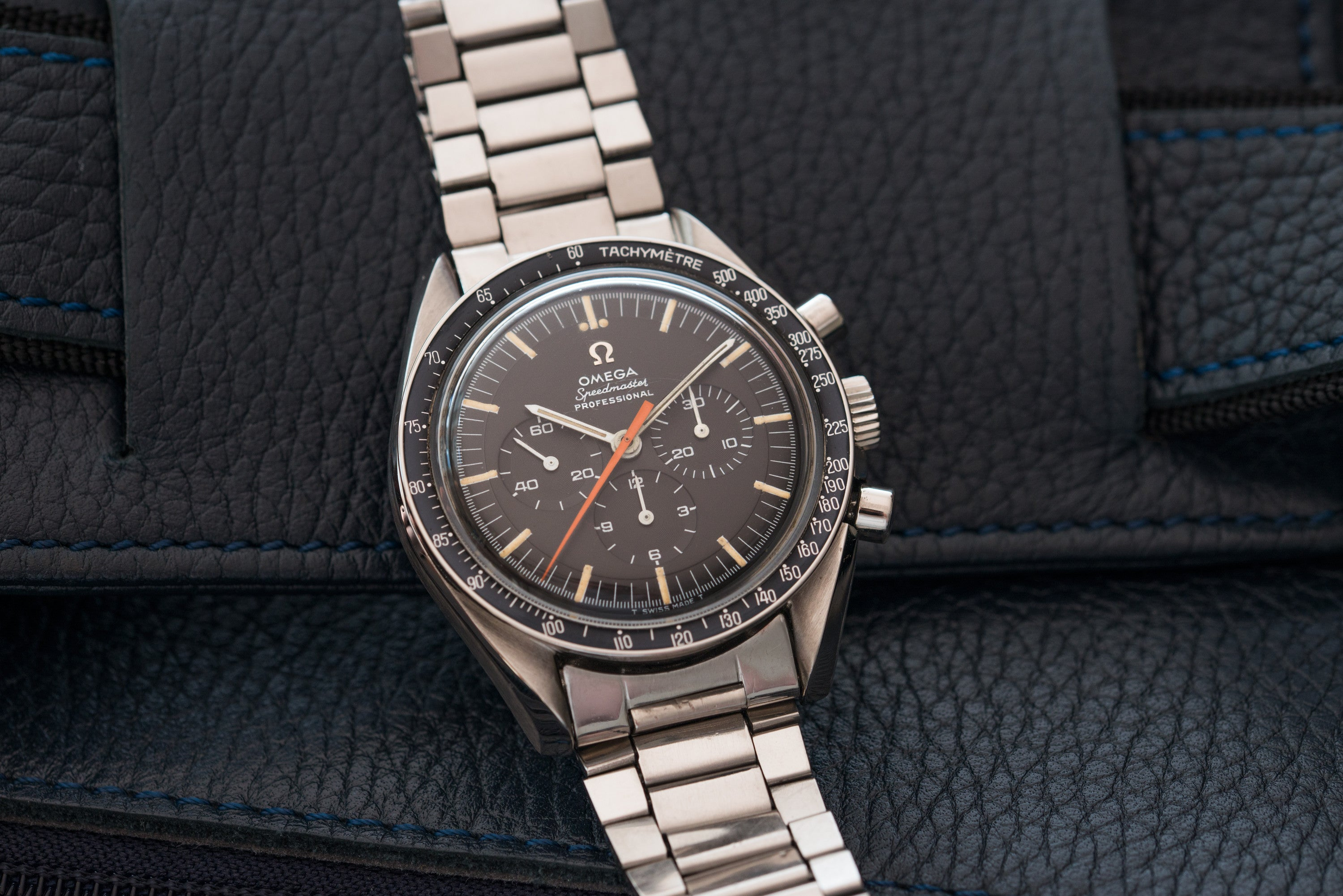 omega speedmaster ultraman chronograph moonwatch