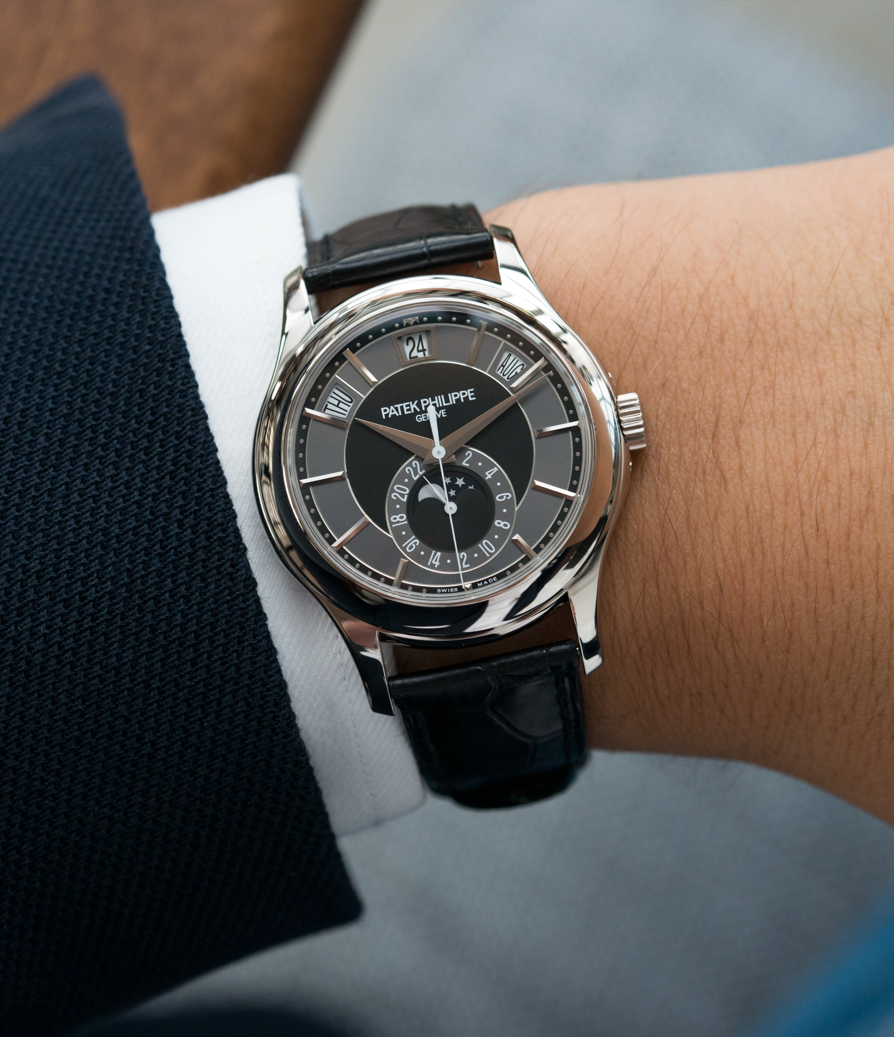 Details About Patek Philippe Complications Annual Calendar 5205g 010 White Gold Preowned