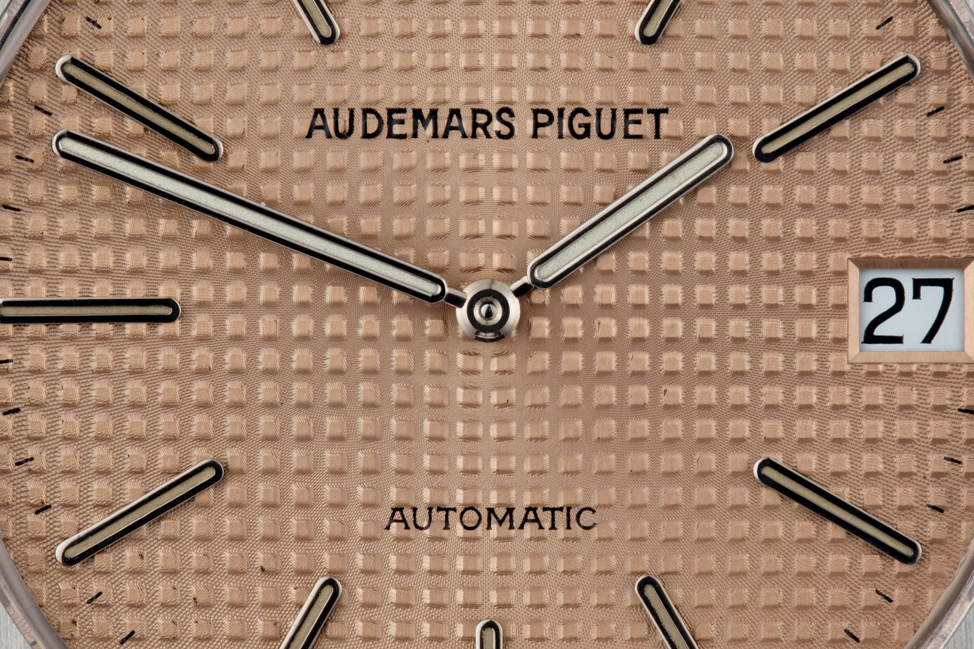 Close up of an Audemars Piguet Royal Oak ref. 14802 Jubilee salmon dial for A Collected Man London