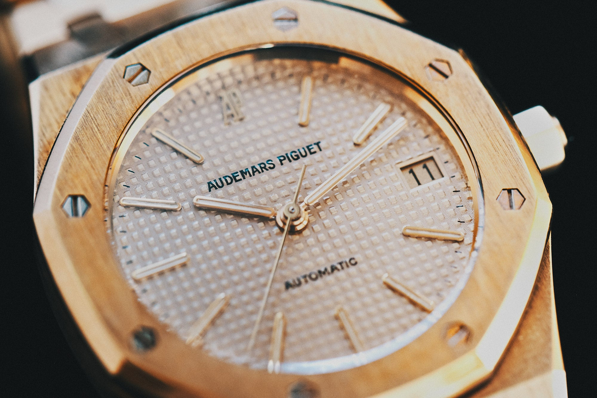 Audemars Piguet Royal Oak 14790 in yellow gold first series with a white dial for A Collected Man London