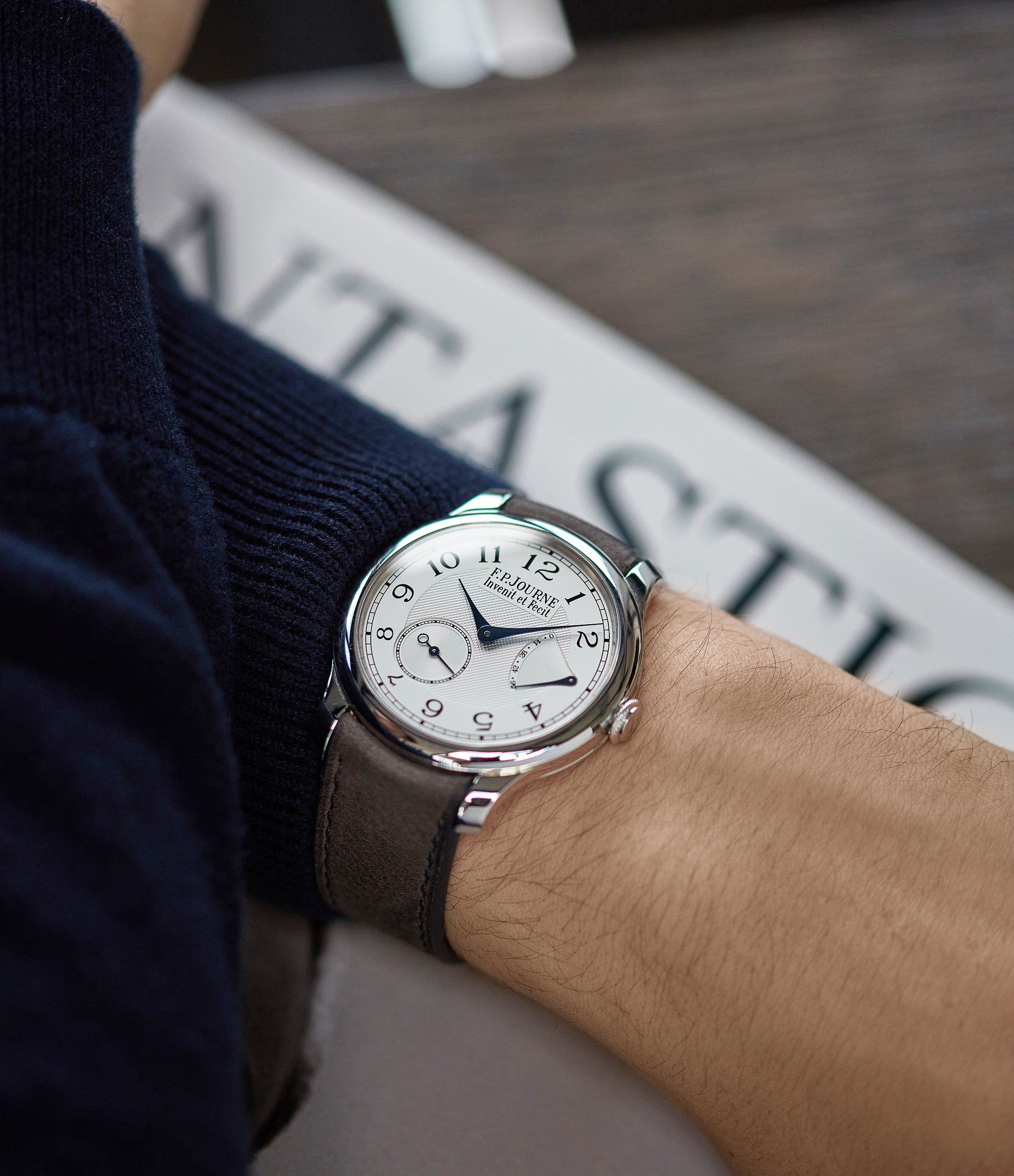 time-only Journe Chronometre Souverain platinum 40mm Cal. 1304 manual-winding silver dial time-only dress watch for sale online at A Collected Man London UK specialist independent watchmakers