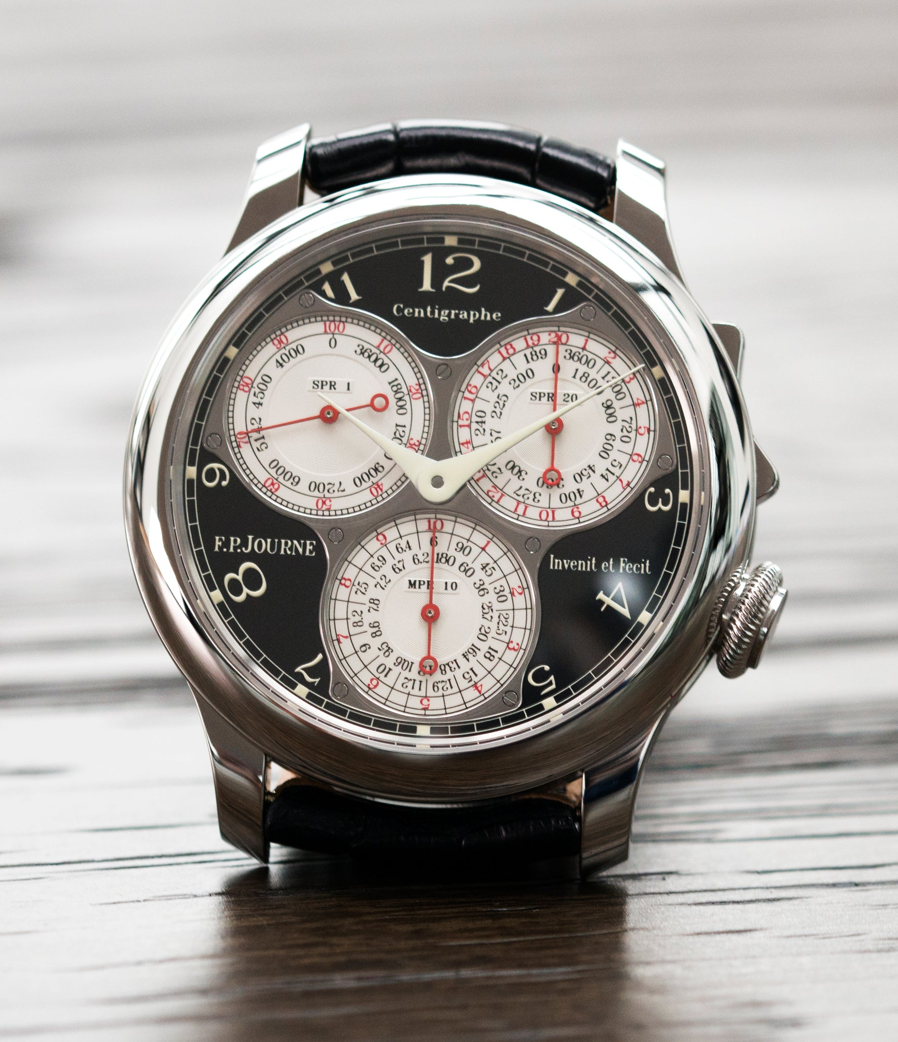 selling F. P. Journe Centigraphe Souverain Black Label 40 mm platinum pre-owned rare watch for sale online at A Collected Man London approved retailer of independent watchmakers