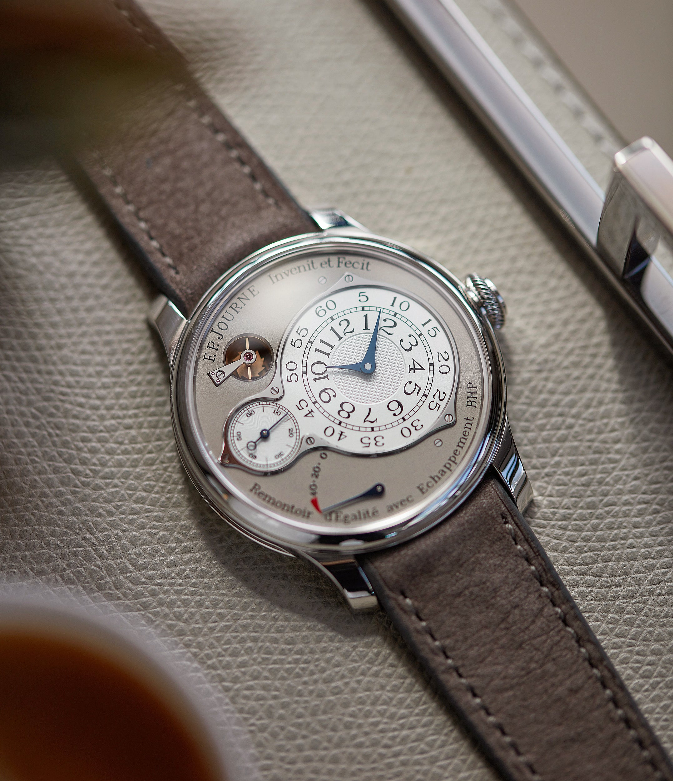 in-depth F. P. Journe Chronometre Optimum grey dial time-only dress watch for sale online at A Collected Man London UK specilalist of independent watchmakers