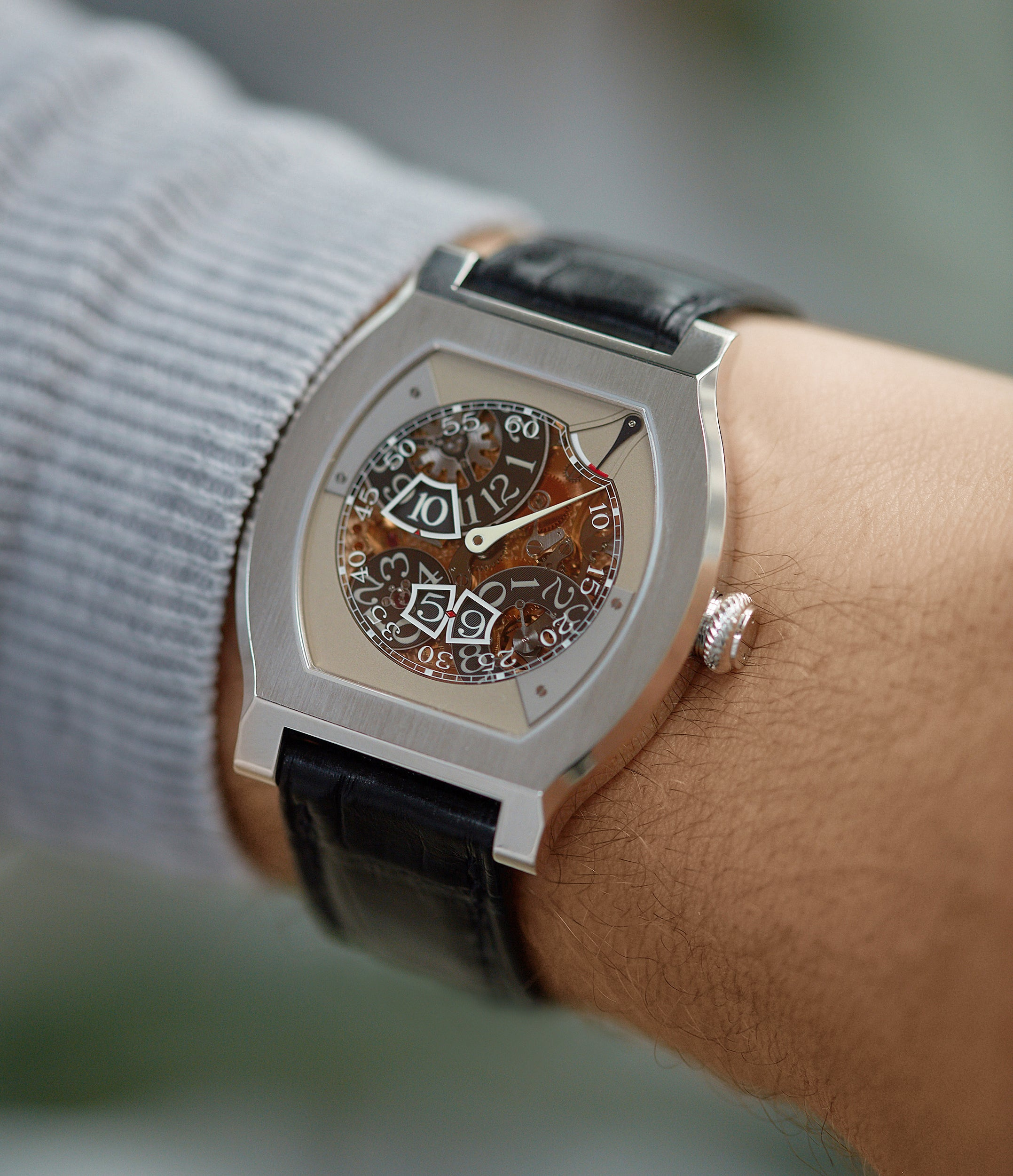 men's luxury rare wristwatch F. P. Journe Vagabondage 3 jumping hours seconds Limited edition of 69 platinum rare watch from 2018 for sale online at A Collected Man London UK specialist of independent watchmakers