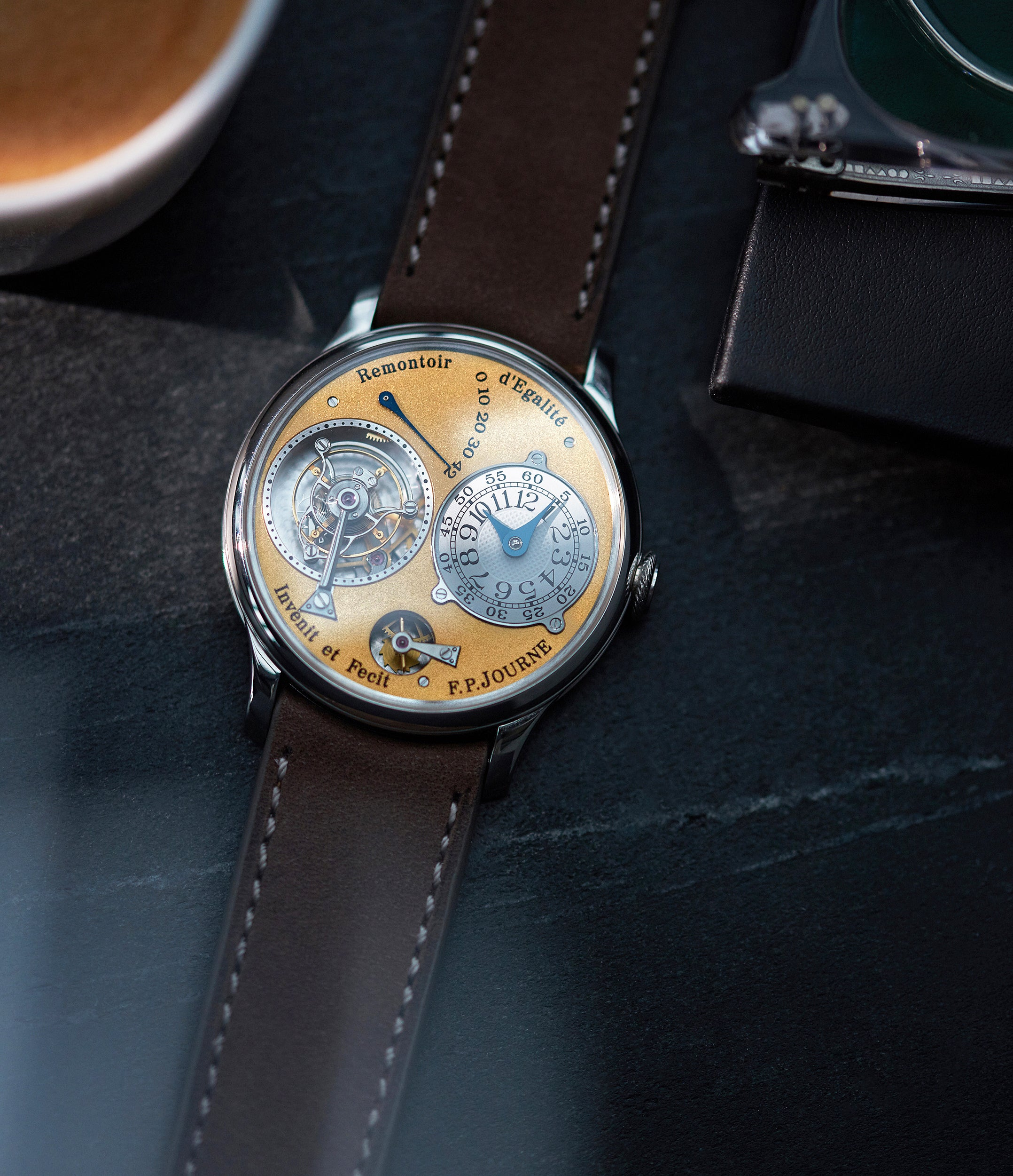 Tourbillon Souverain | brass movement | platinum