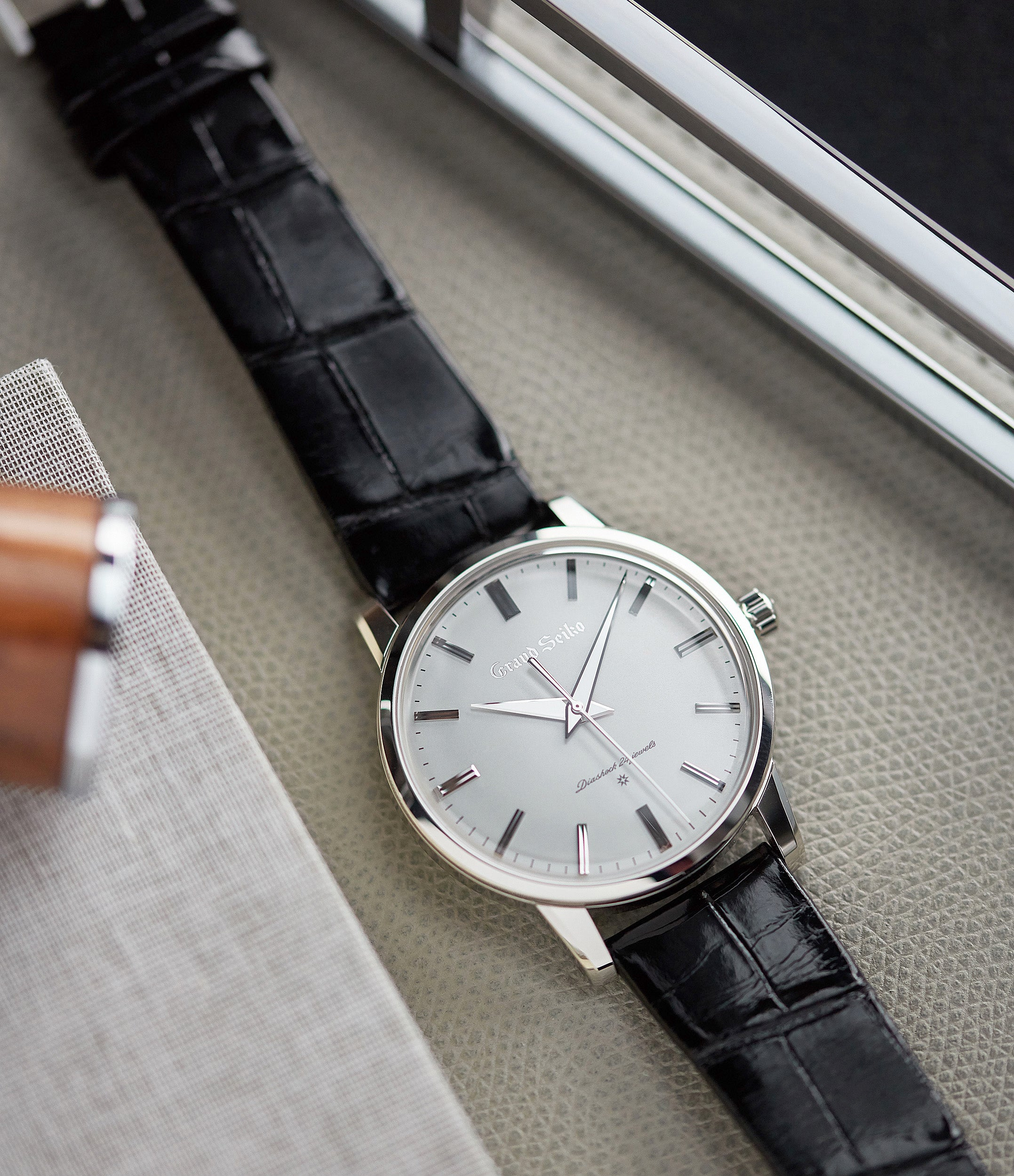 pre-owned Grand Seiko SBGW251 limited edition platinum time-only dress watch Japanese-made full set at A Collected Man London UK specialist of rare watches