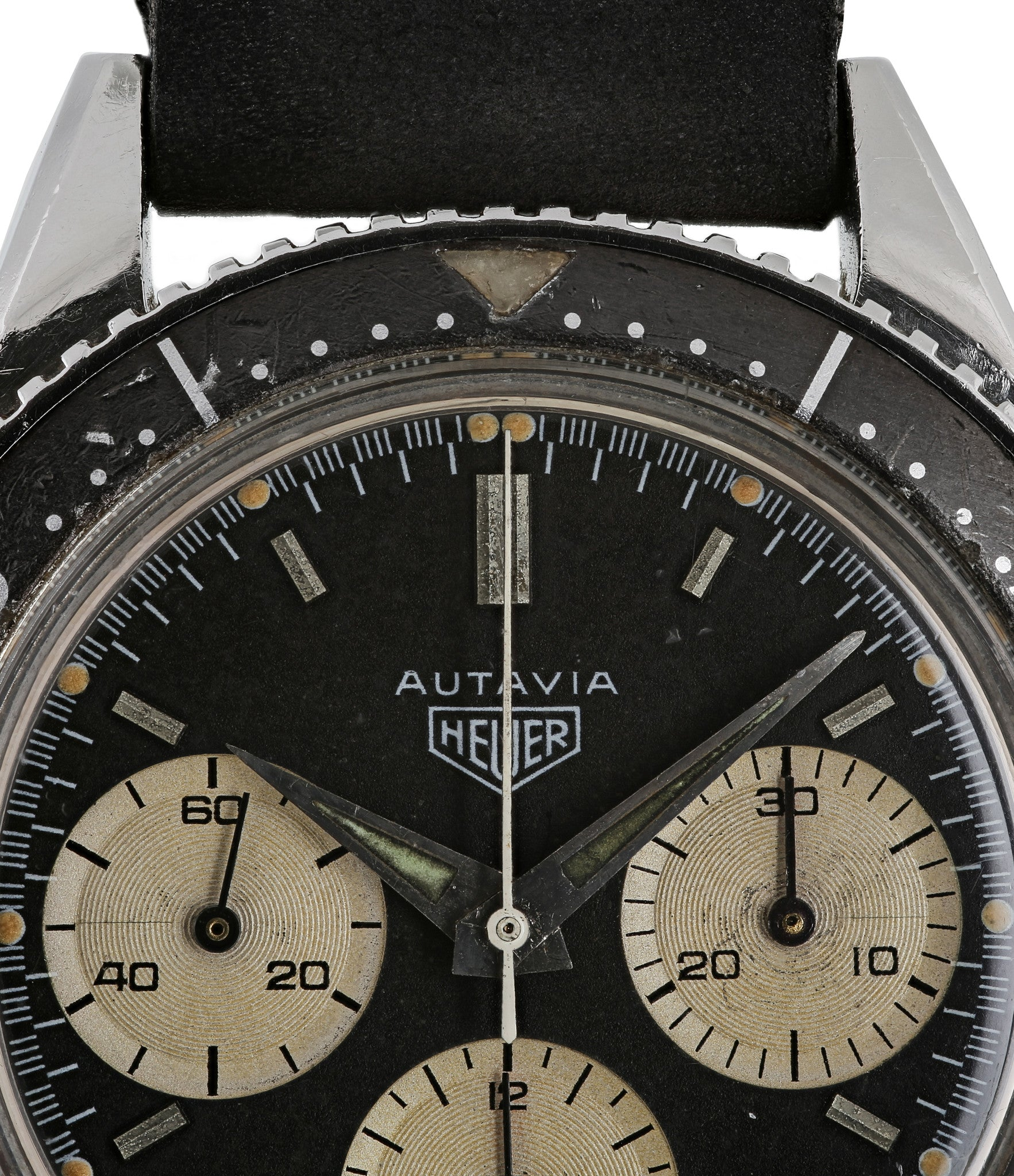 buy Heuer Autavia 2446 rare second execution vintage chronograph Valjoux 72 calibre watch with black dial