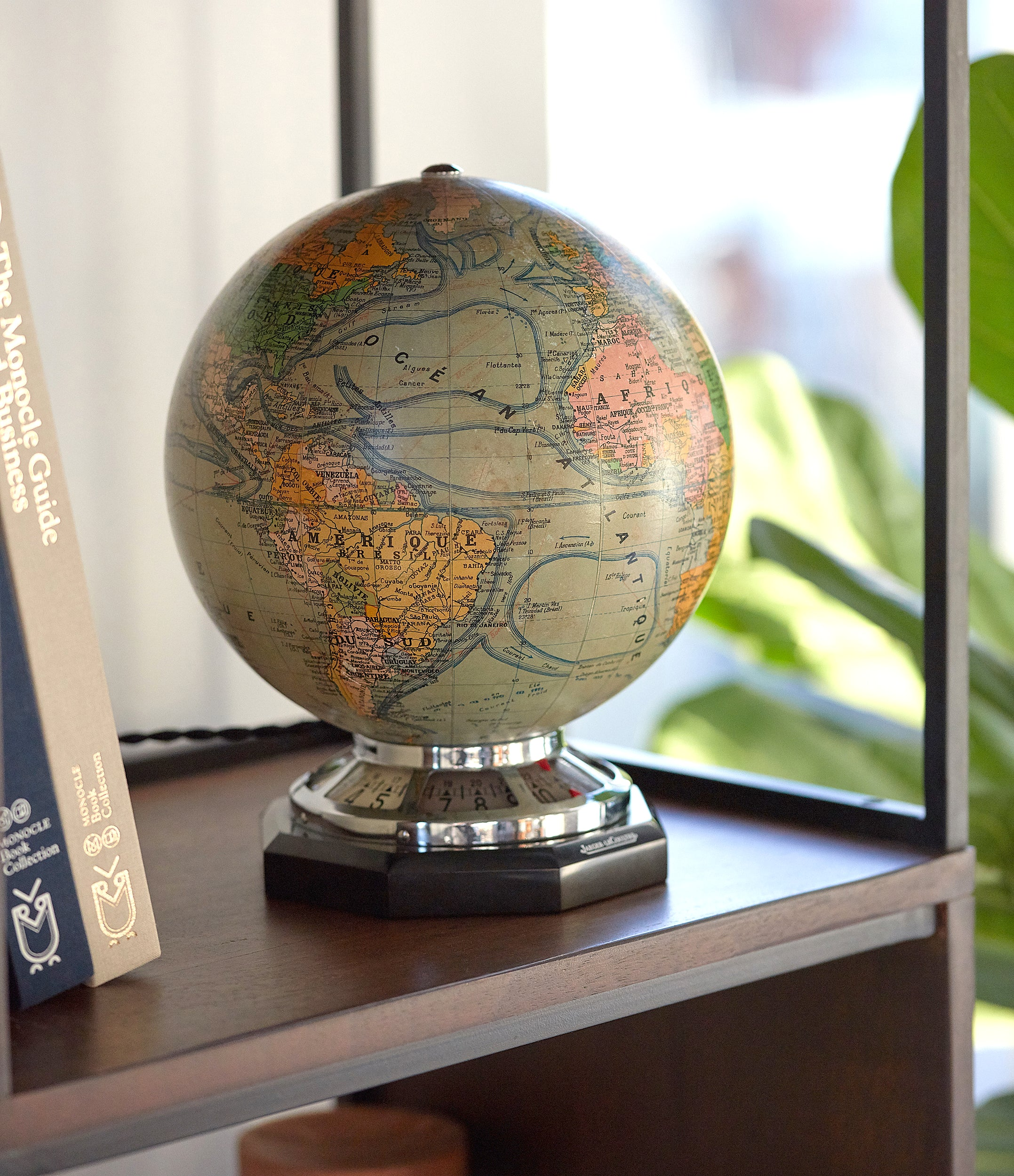 Mappemonde | Illuminated | Desk Clock