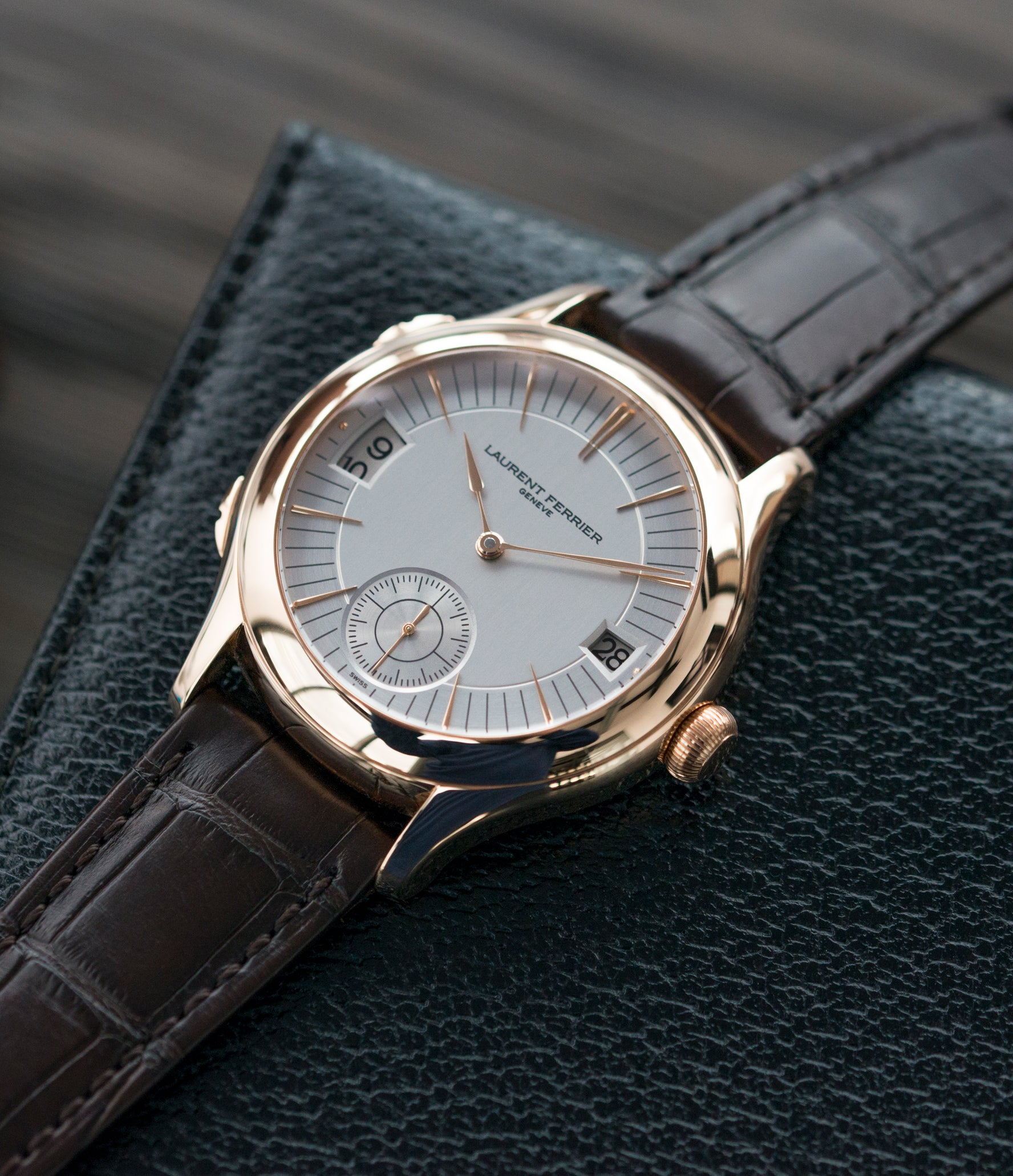 elegant gentlemen luxury watch Laurent Ferrier Galet Traveller Micro Rotor LF 230.01 rose gold watch additional prototype dial for sale online at A Collected Man London UK approved reseller of preowned independent watchmakers