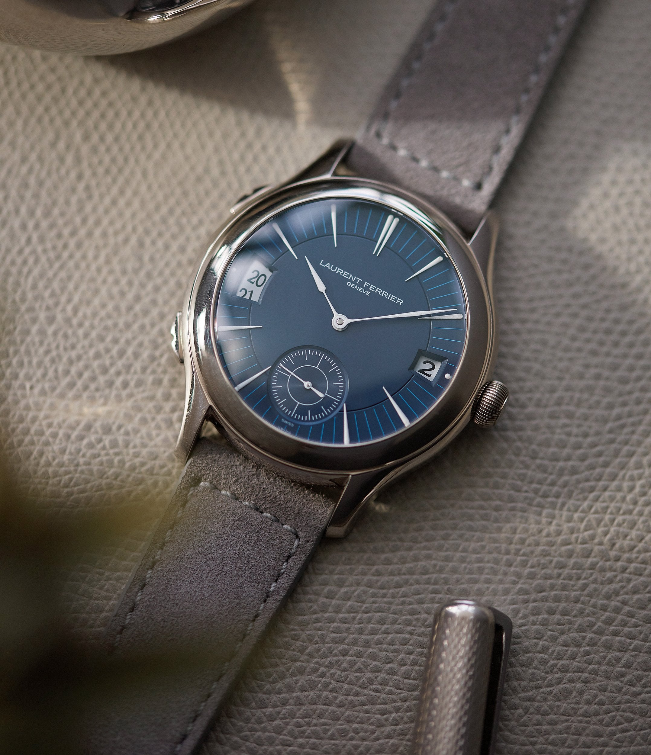 independent watchmaker Laurent Ferrier Galet Traveller Micro-rotor blue dial pre-owned watch for sale online A Collected Man London UK specialist independent watchmakers