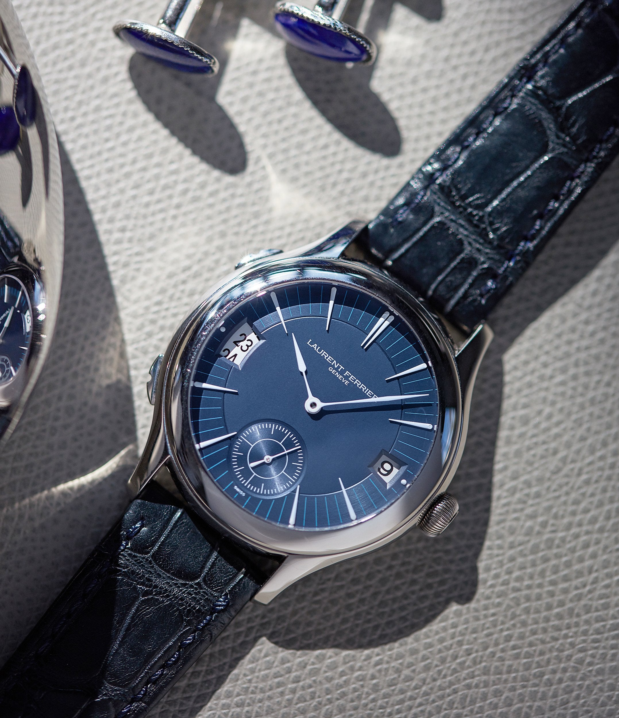 consign Laurent Ferrier Galet Traveller Micro-rotor blue dial pre-owned watch for sale online A Collected Man London UK specialist independent watchmakers