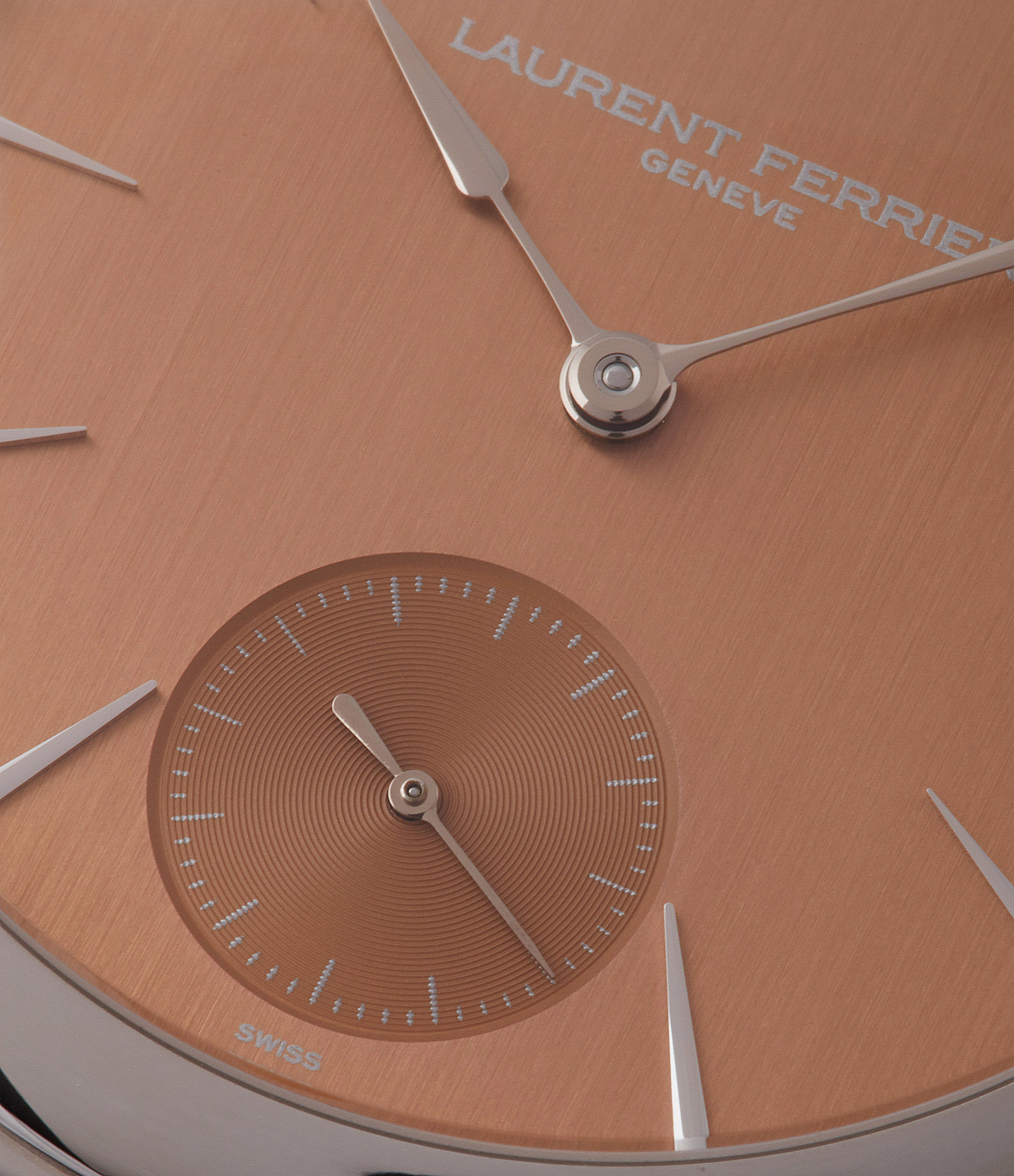 Galet Square Micro-rotor | Brushed Salmon Dial | steel