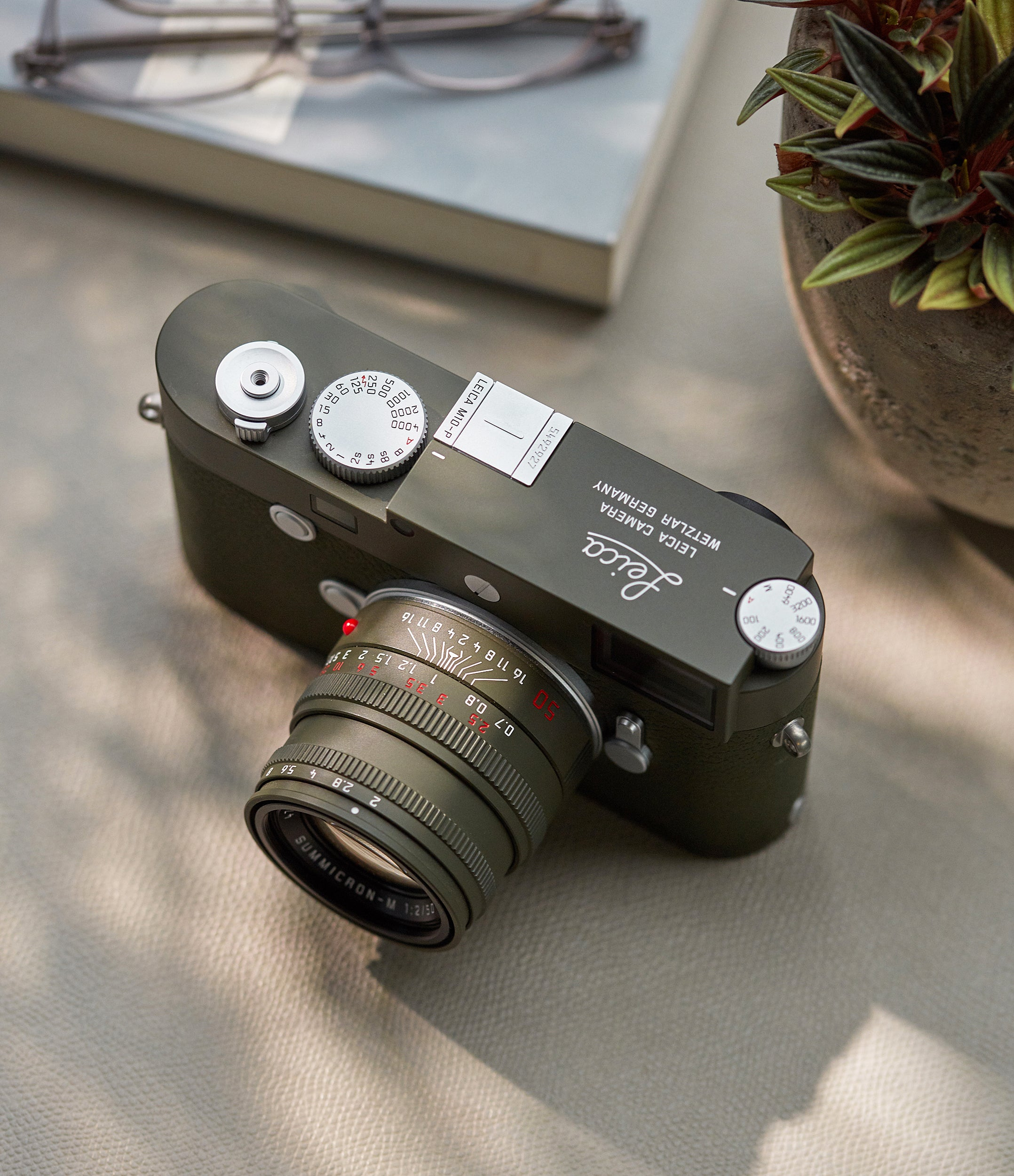 M10-P 'Safari Edition' camera | body and lens