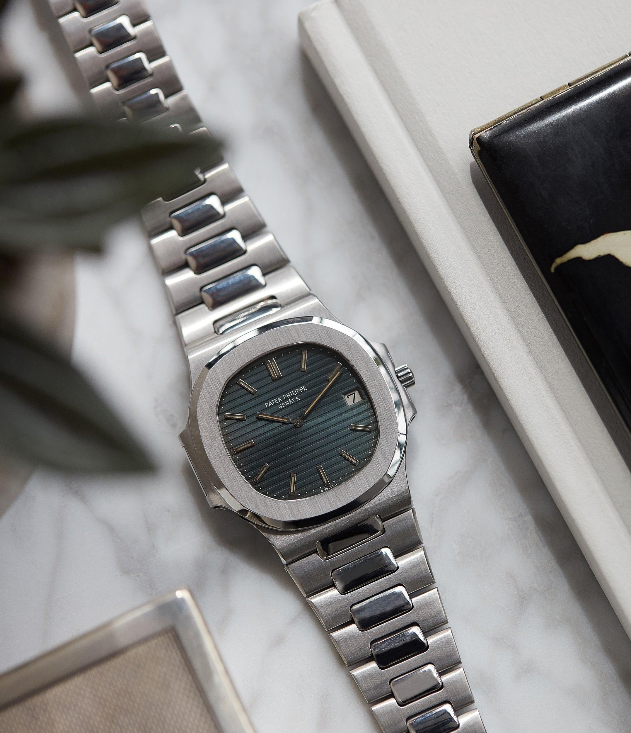 87dddf62072 Patek Philippe Nautilus 3700 001 full set vintage watch for sale online at  A Collected