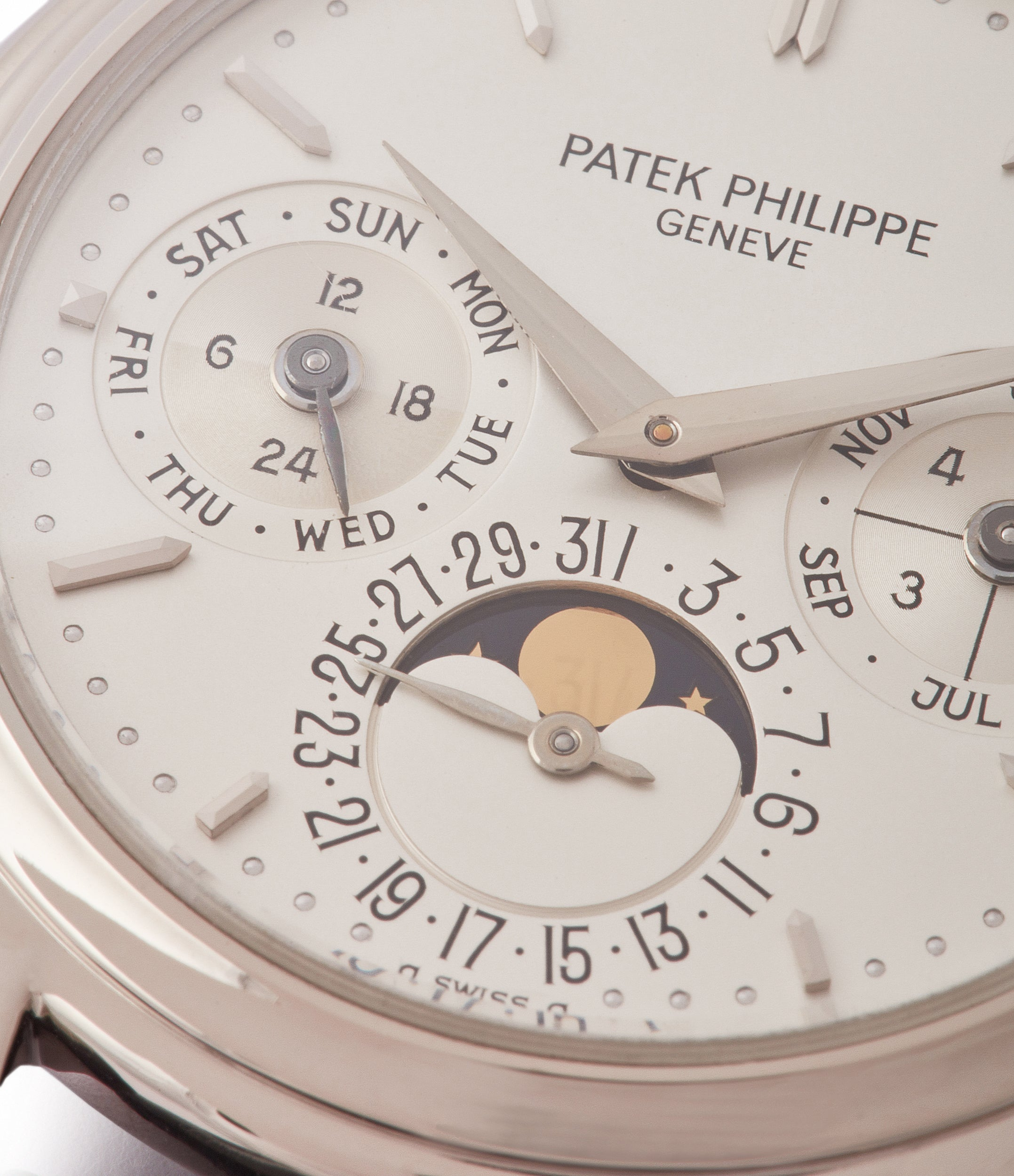 perpetual calendar 3940 Patek Philippe vintage rare watch English dial for sale online at A Collected Man London UK specialist of rare watches