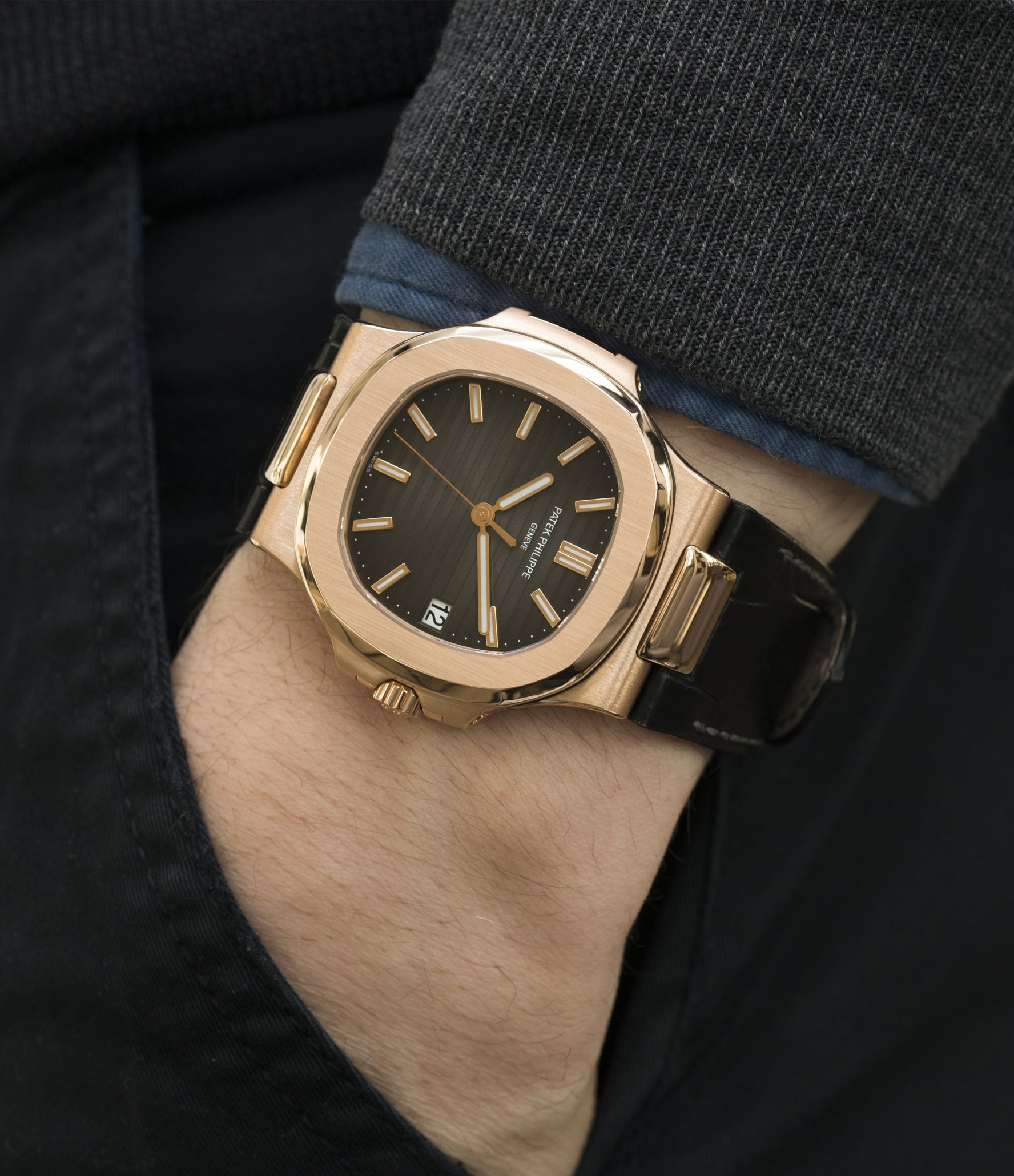 buy Patek Philippe Nautilus 5711 rose gold dress watch chocolate brown dial for sale online at A Collected Man London UK specialist of rare watches