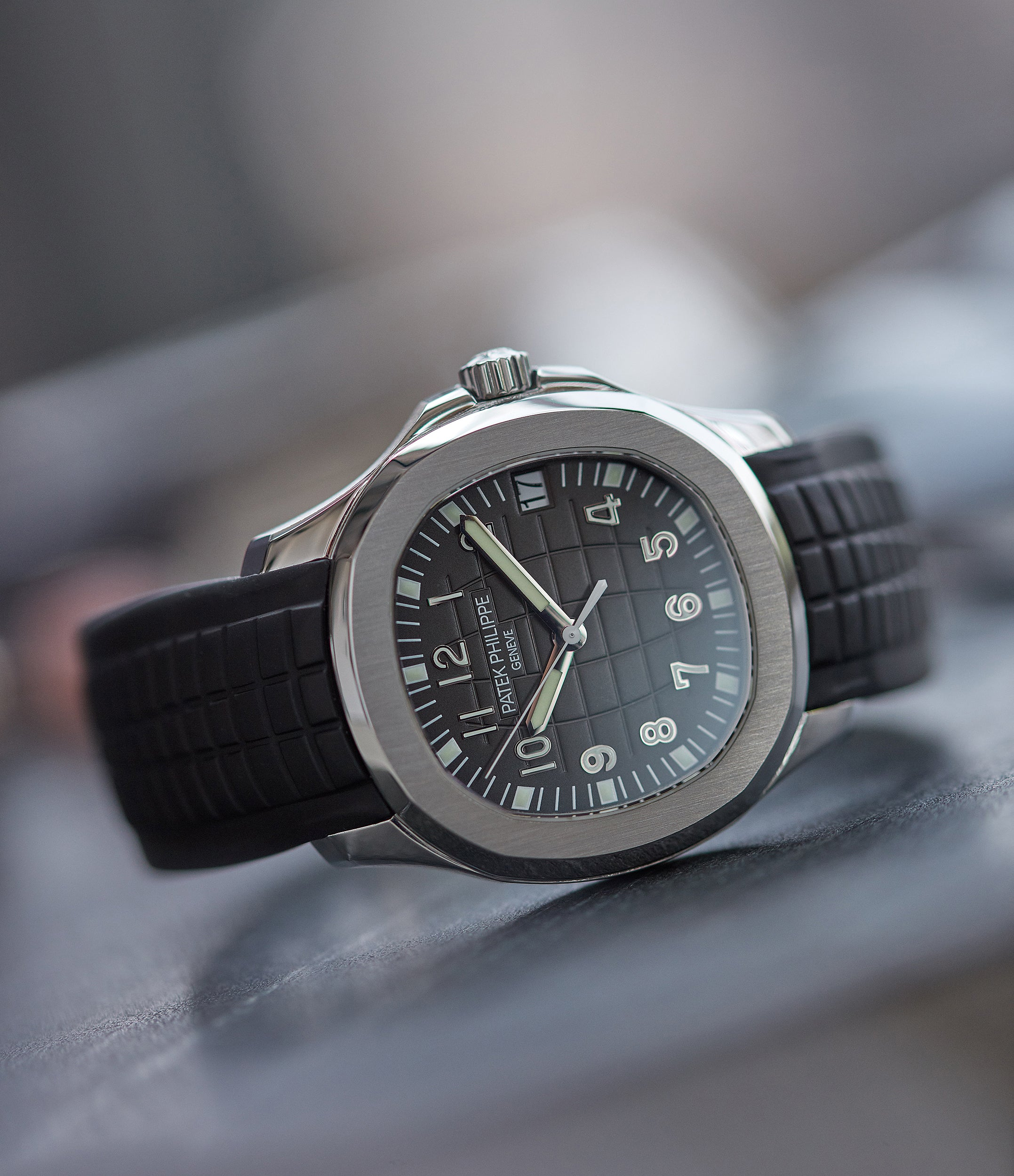 selling Patek Philippe Aquanaut 5165A-001 pre-owned steel 38mm sports dress watch for sale online A Collected Man London UK specialist of rare watches