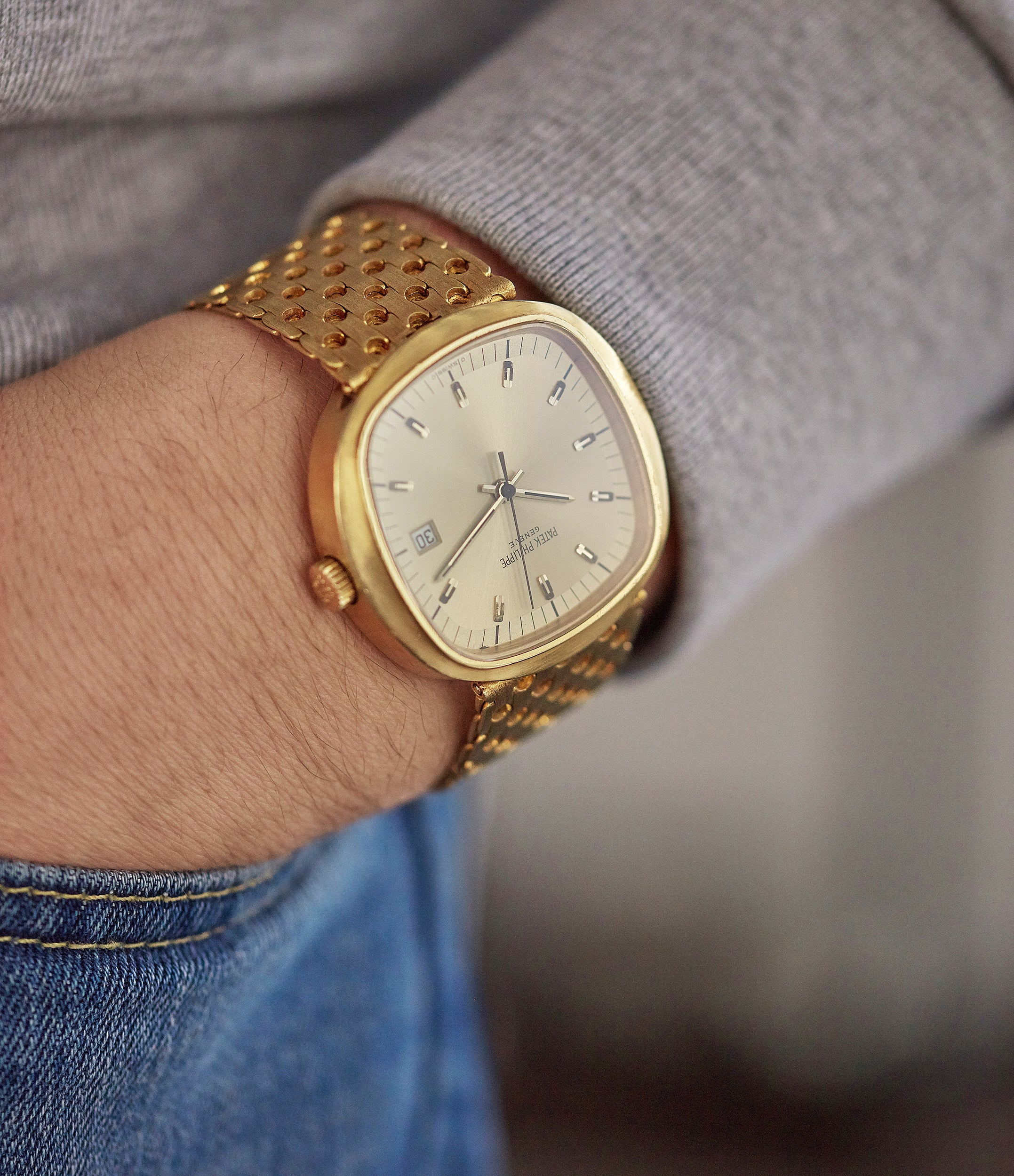 men's dress watch Patek Philippe 3597 Beta 21 yellow gold 1970s for sale online A Collected Man London UK specialist of rare watches