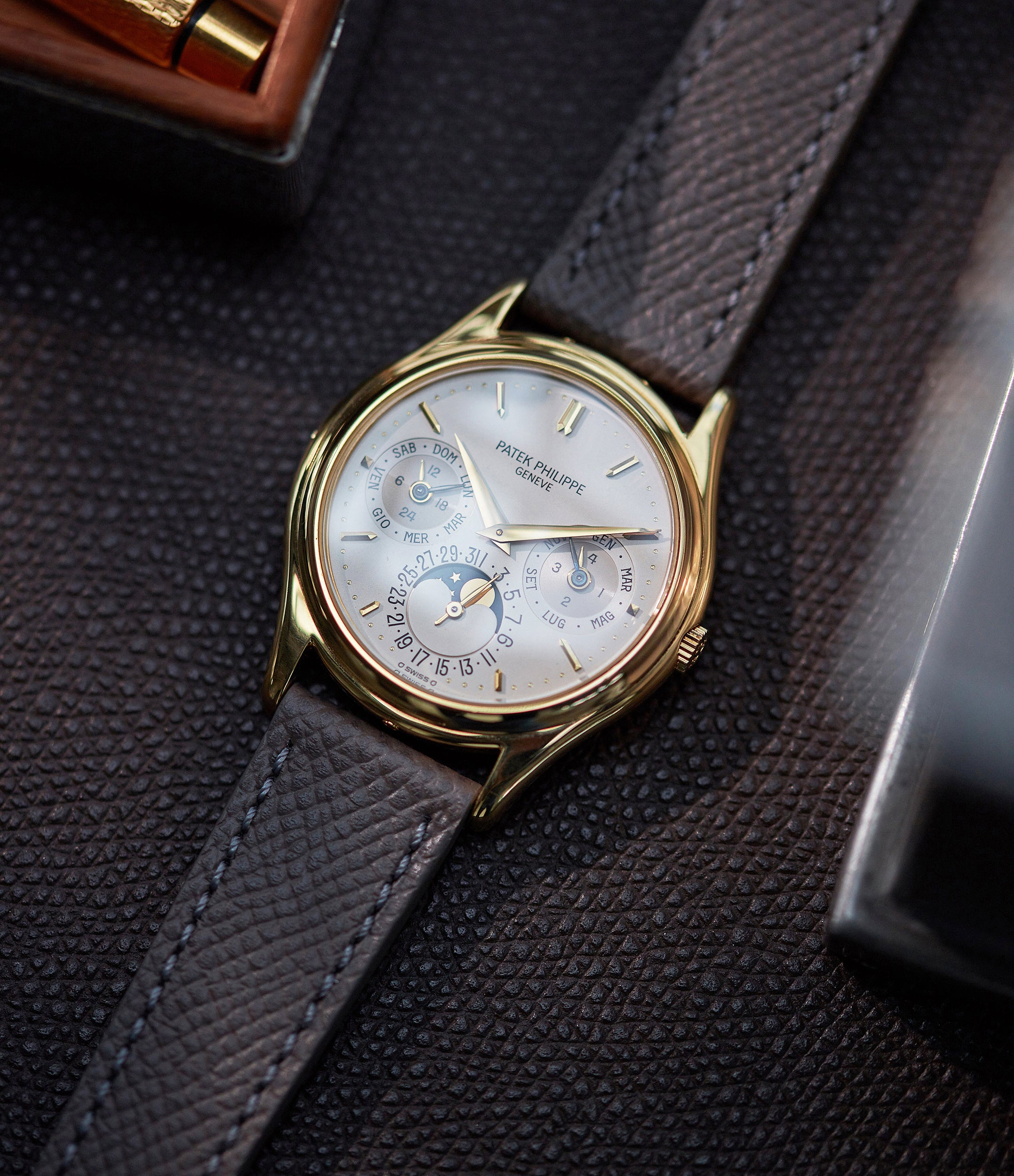 Perpetual Calendar 3940J | Yellow Gold