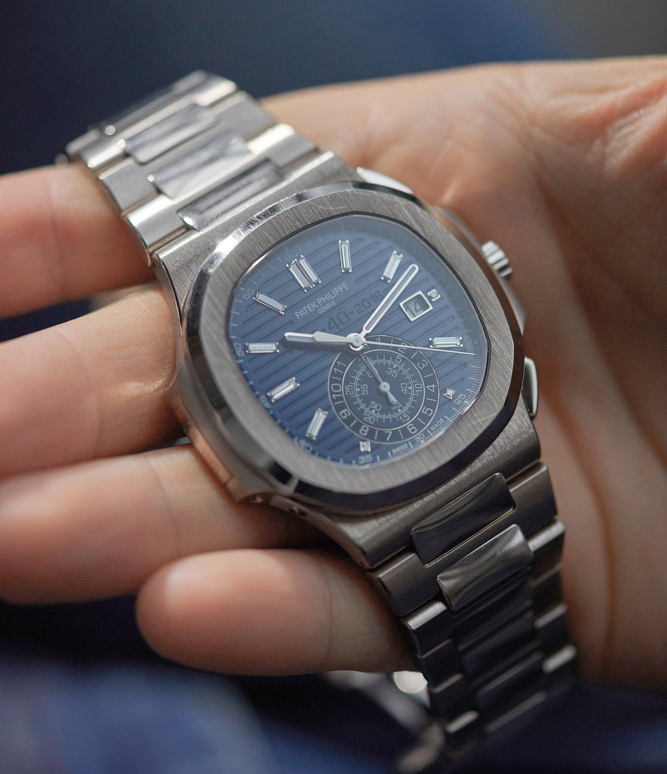 selling Patek Philippe 40th Anniversary Nautilus 5976/1G-001 Limited Edition white gold sports pre-owned watch for sale online A Collected Man London