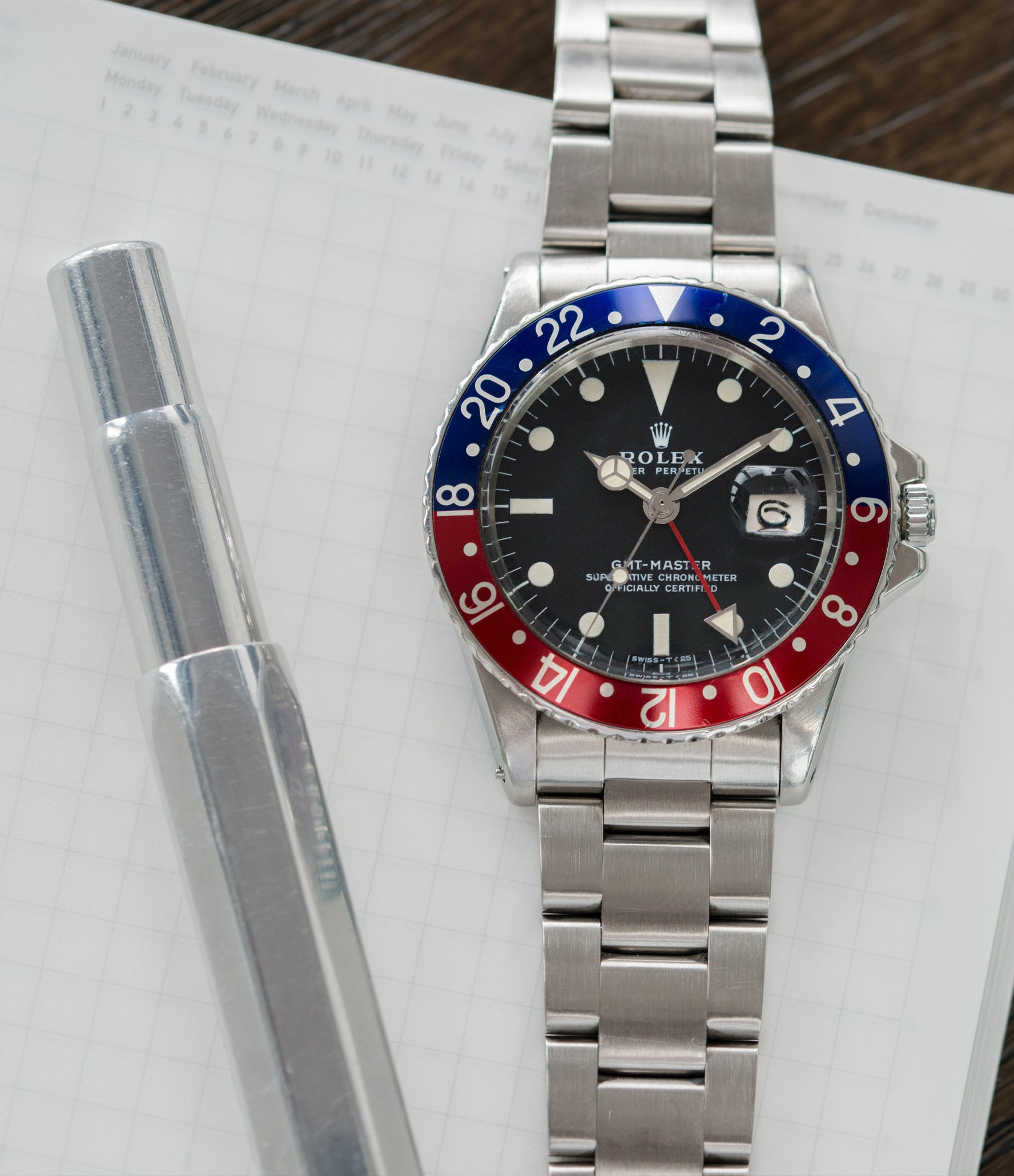 for sale vintage Rolex GMT Master 1675 steel traveller sport watch Pepsi bezel for sale online at A Collected Man London vintage watch specialist