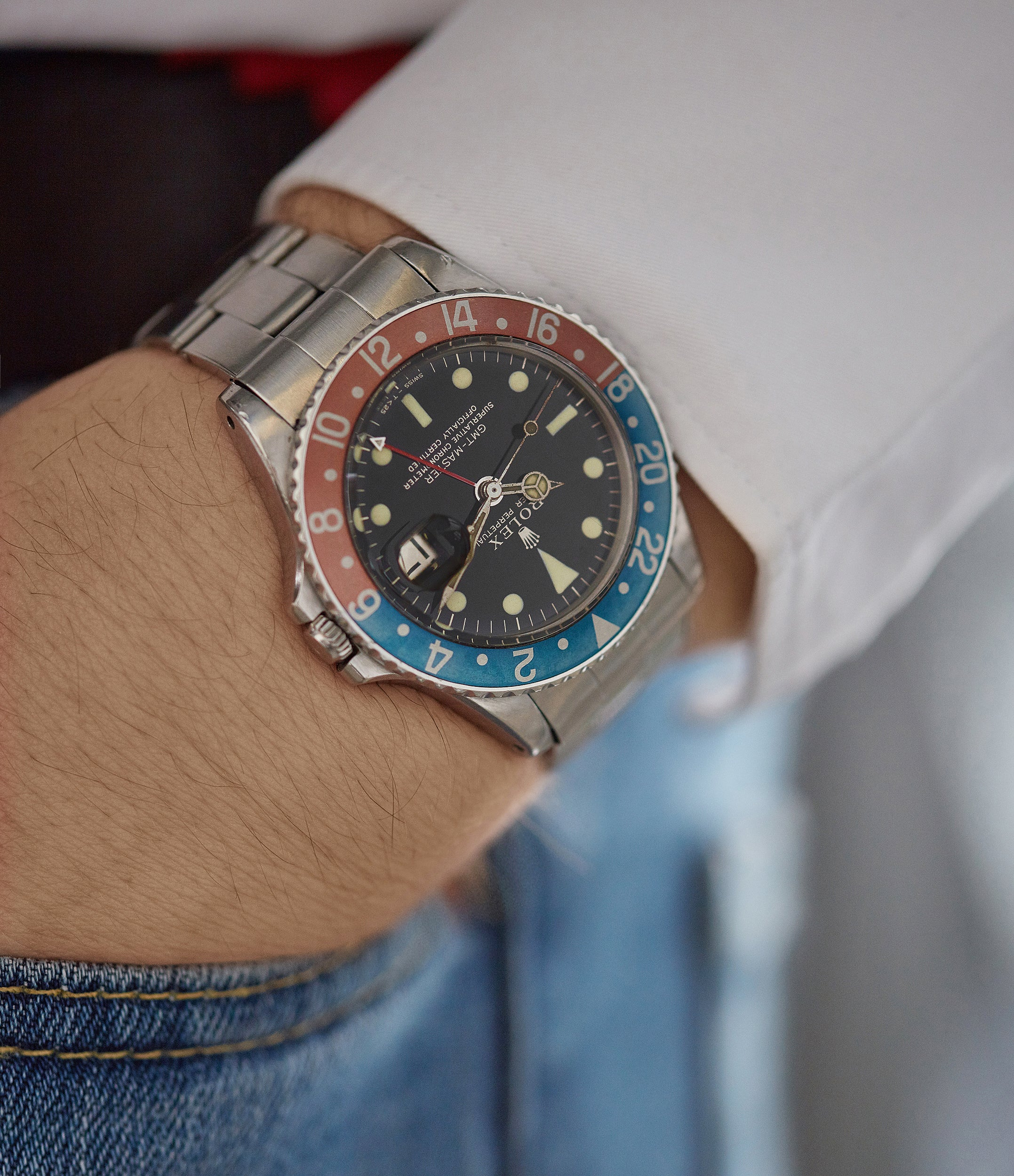 rare vintage wristwatch Rolex GMT-Master 1675 Gilt dial full set sports watch for sale online at A Collected Man London UK specialist of rare watches