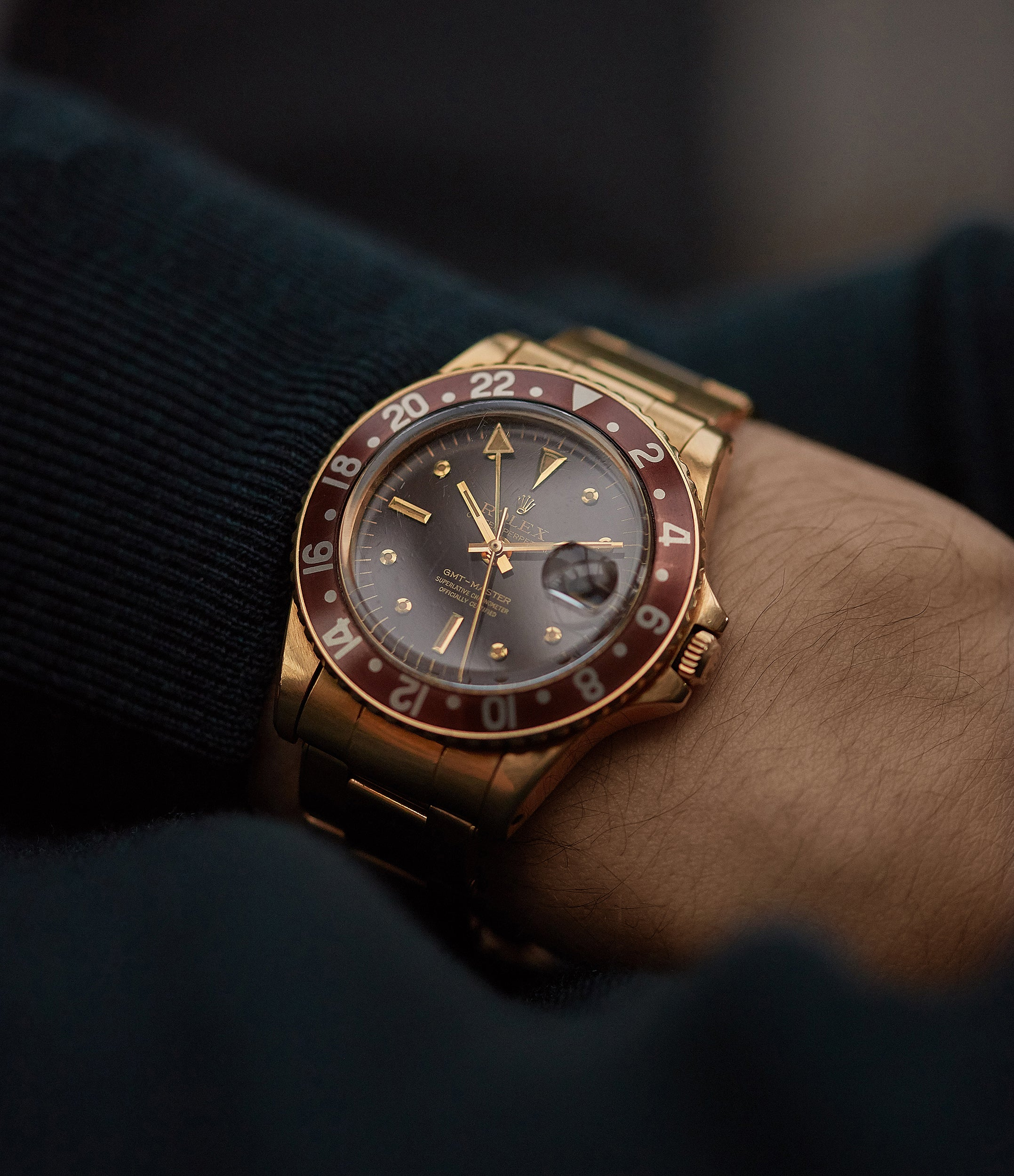 men's luxury wristwatch vintage Rolex GMT-Master Concorde 1675/8 yellow gold watch full set for sale online at A Collected Man London UK specialist of rare watches