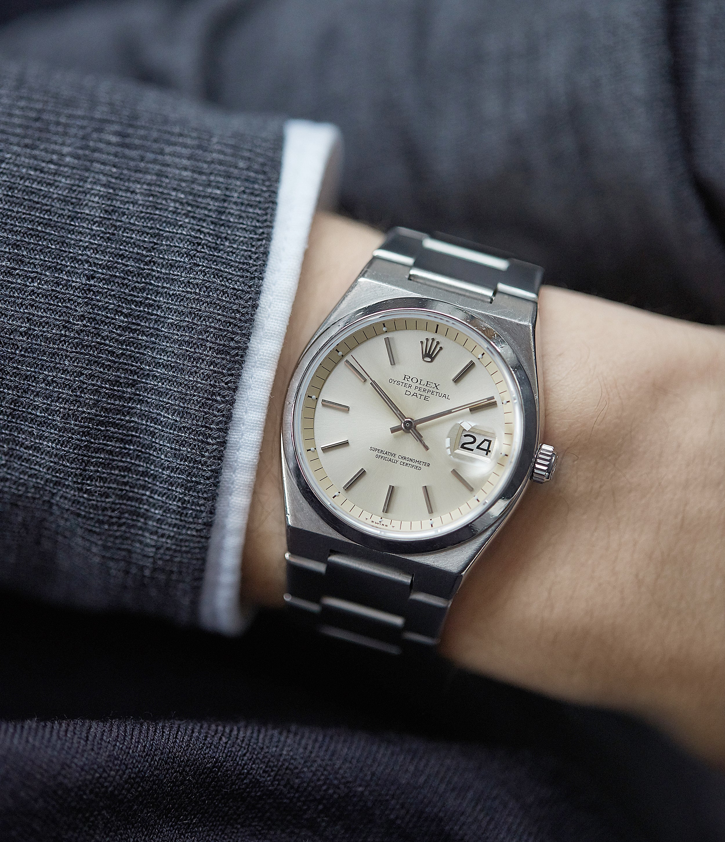 Rolex Oyster Perpetual 1530 steel sport watch with papers for sale online at A Collected Man London UK specialist of rare watches