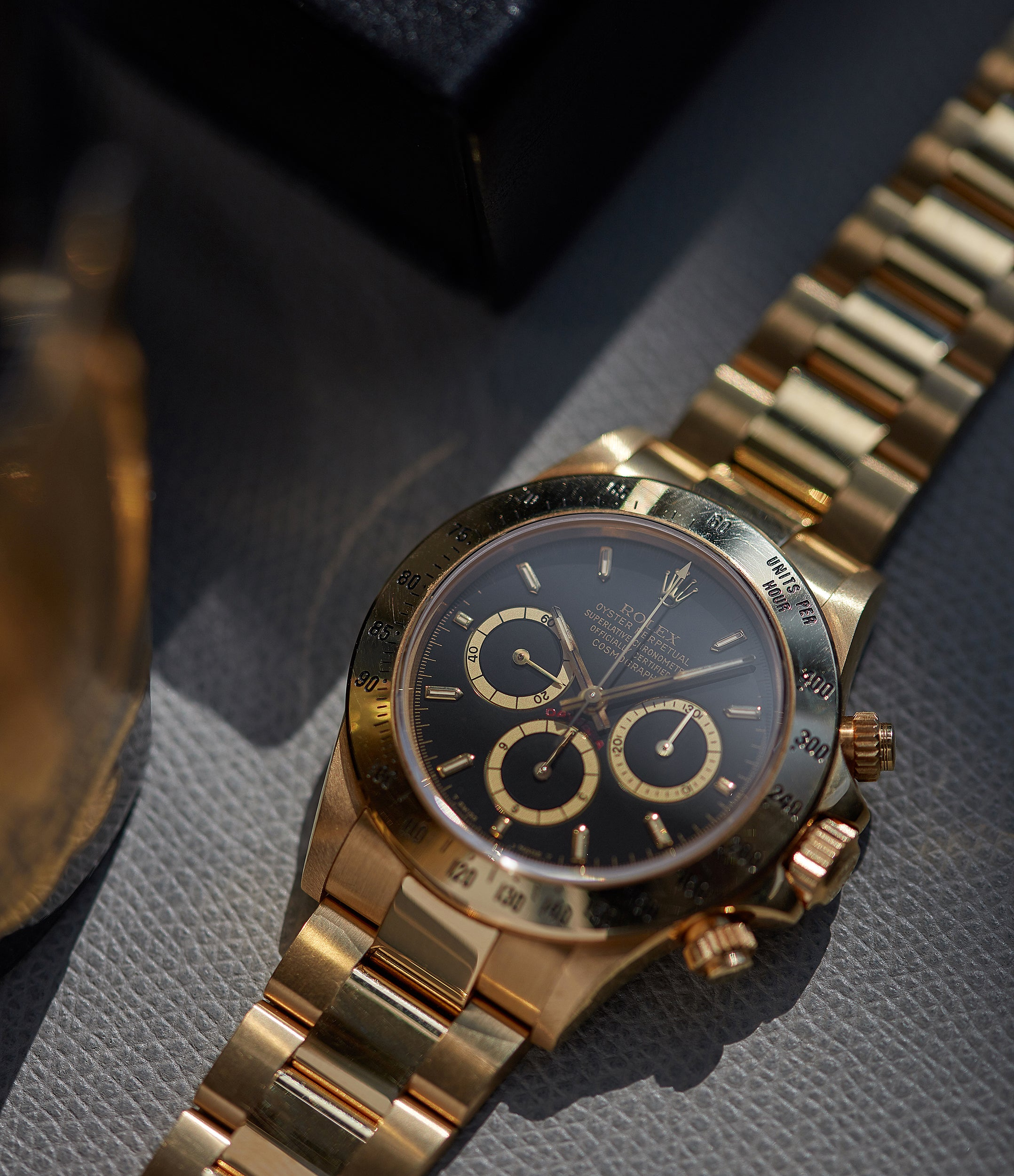collect vintage Rolex 16528 Daytona Zenith yellow gold black dial full set vintage watch for sale online at A Collected Man London UK specialist of rare watches