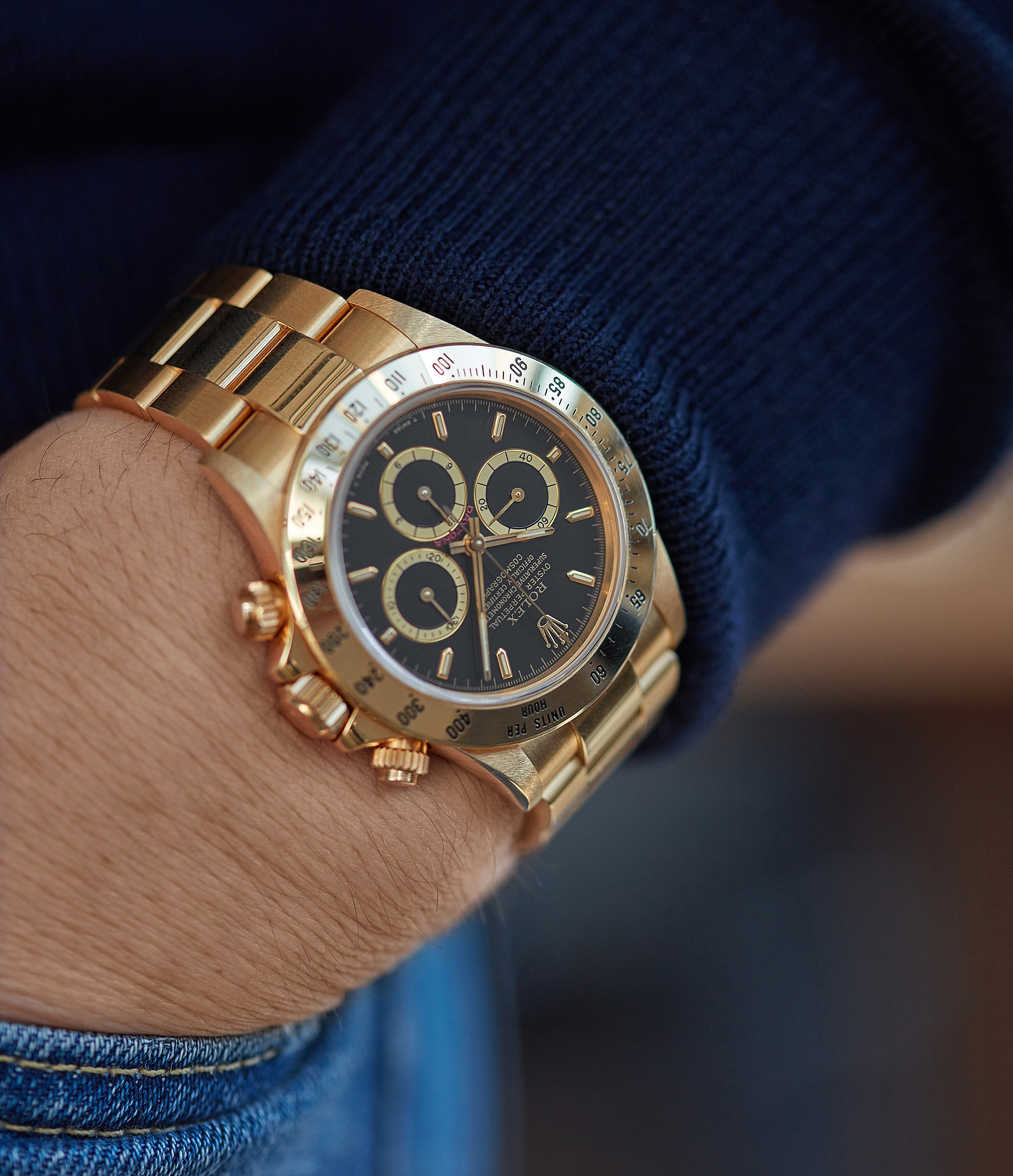 men's wristwatch Rolex 16528 Daytona Zenith yellow gold black dial full set vintage watch for sale online at A Collected Man London UK specialist of rare watches