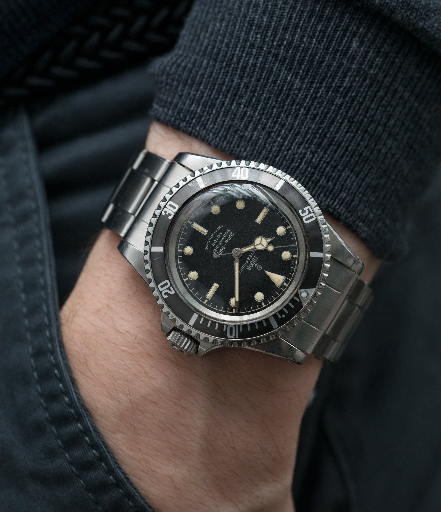 buy vintage wristwatch Tudor Submariner 7928 Oyster Prince Cal. 390 automatic sport watch at A Collected Man London online vintage watch specialist UK