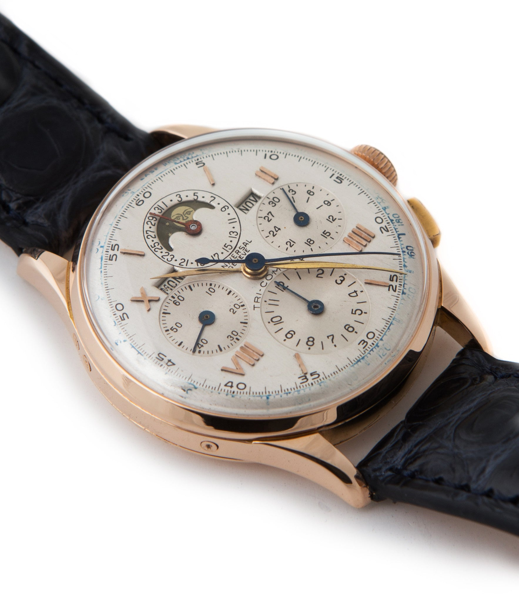 Universal Genève Tri-Compax Triple Calendar Chronograph 12264 rose gold manual-winding Cal. 481 vintage authentic pre-owned dress, rare luxury watch from circa 1942 with silver dial and brown alligator strap with month, moonphase, date, weekday, chronograph, tachymeter, hours, minutes, small seconds