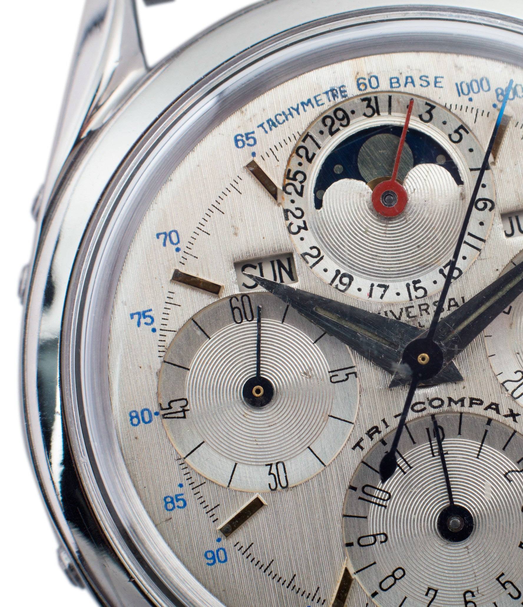 brushed linen silver Universal Geneve 222100/2 Tri-Compax Triple Calendar Moonphase steel chronograph watch for sale online at A Collected Man London rare vintage watch specialist