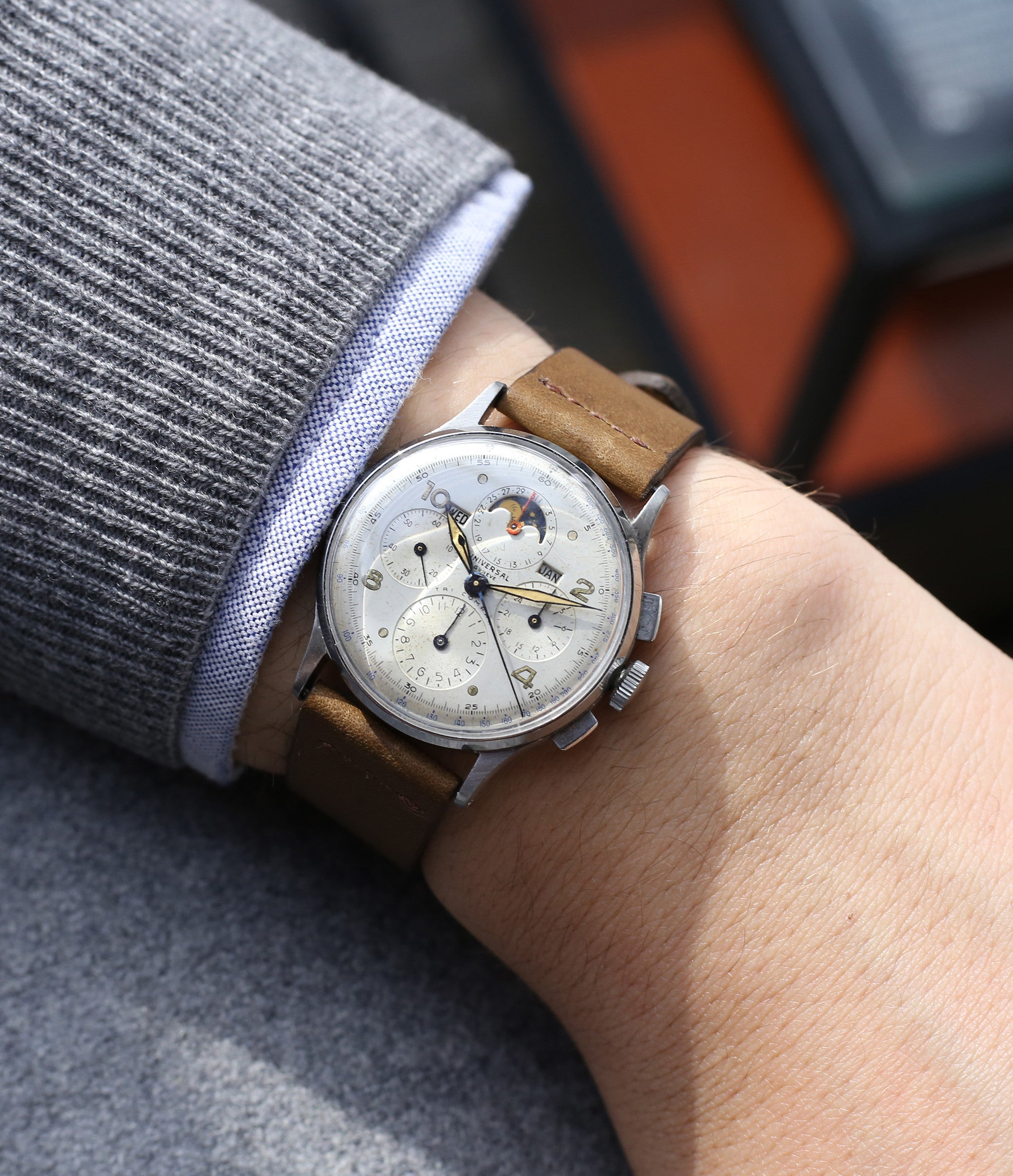 wristwatch Universal Geneve Tri-Compax 22279 vintage steel chronograph triple calendar watch at A Collected Man London online vintage watch specialist