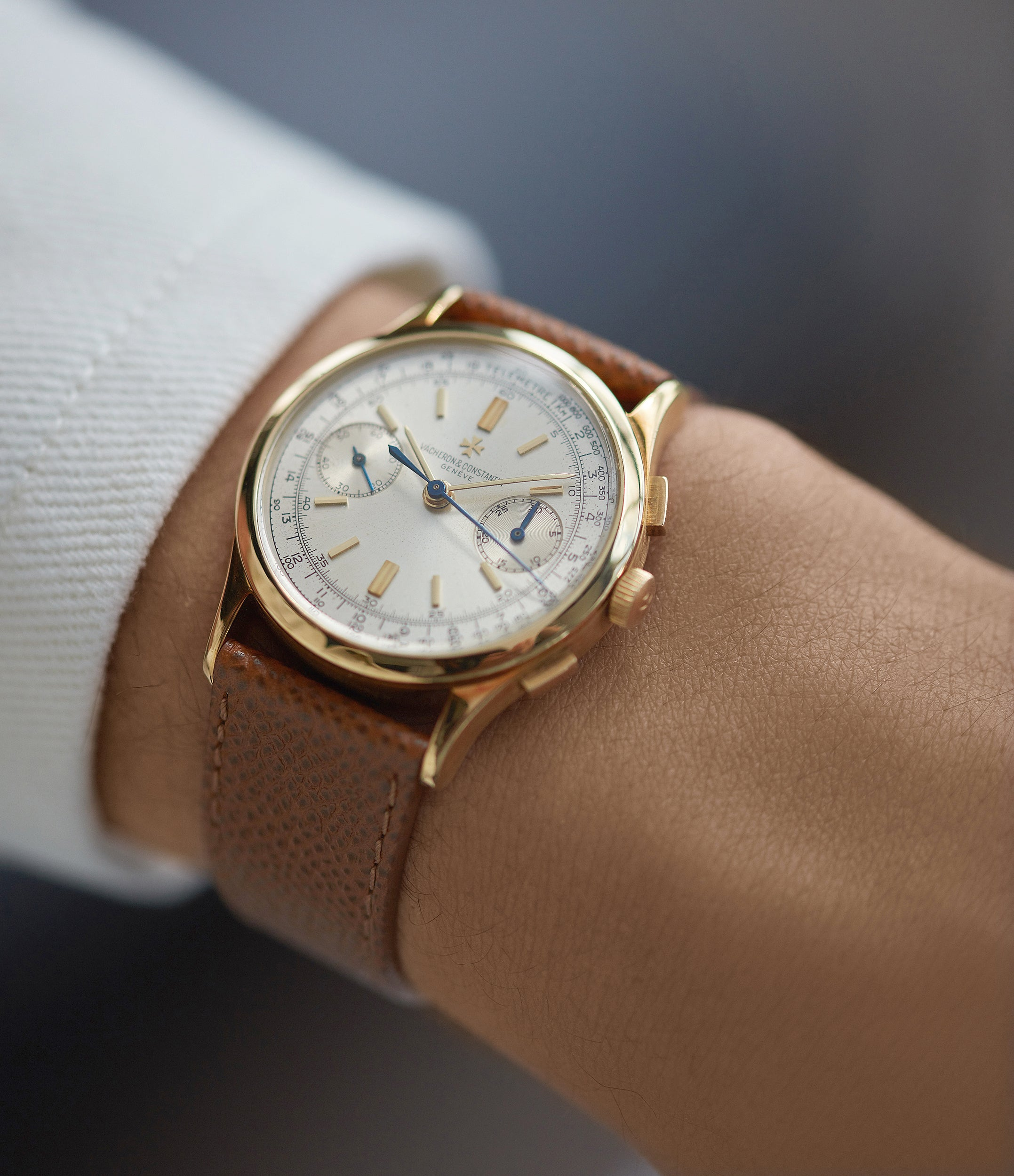 wristwatch Vacheron Constantin Chronograph Ref. 4072 yellow gold rare vintage dress watch for sale A Collected Man London British specialist rare watches