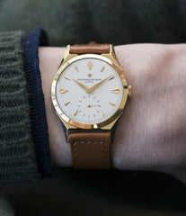 men's classic dress watch 6066 Vacheron Constantin yellow gold time-only watch for sale online at A Collected Man London UK specialist of rare watches