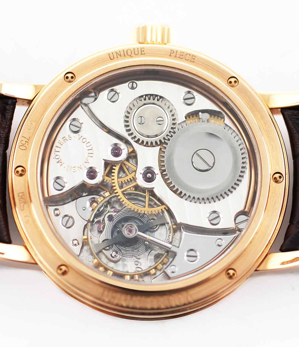 Voutilainen Observatoire  18-carat rose gold manual-winding pre-owned watch display back case