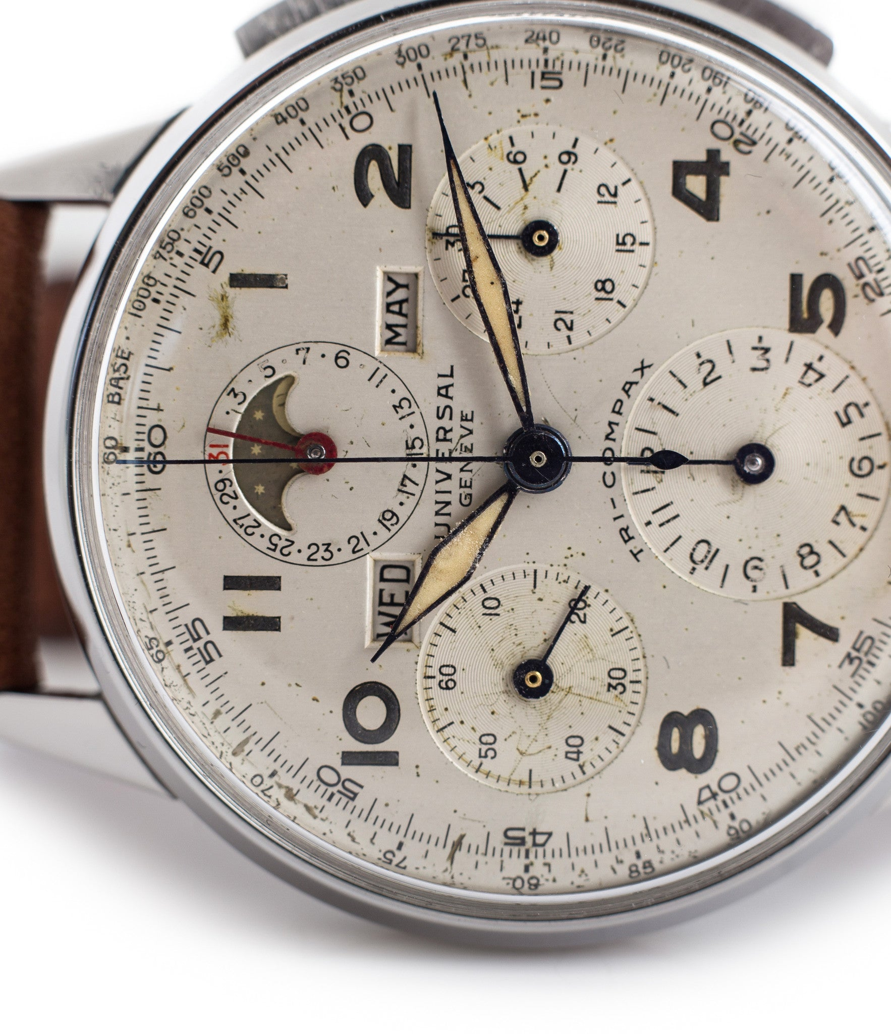 buy Universal Geneve Tri-Compax 22536 steel vintage triple calendar moon-phase watch for sale online at WATCH XCHANGE London with Arabic numerals and brown strap