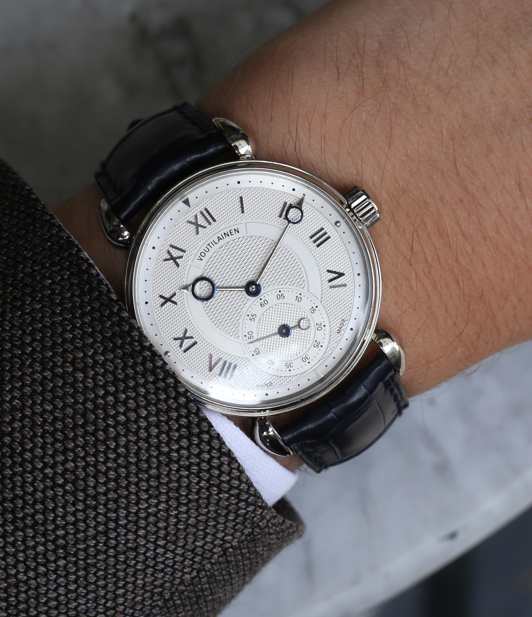 Kari Voutilainen Observatorie rare hand-made time-only white gold watch from independent watchmaker online for sale WATCH XCHANGE London with box and papers and blue hands and guilloche dial