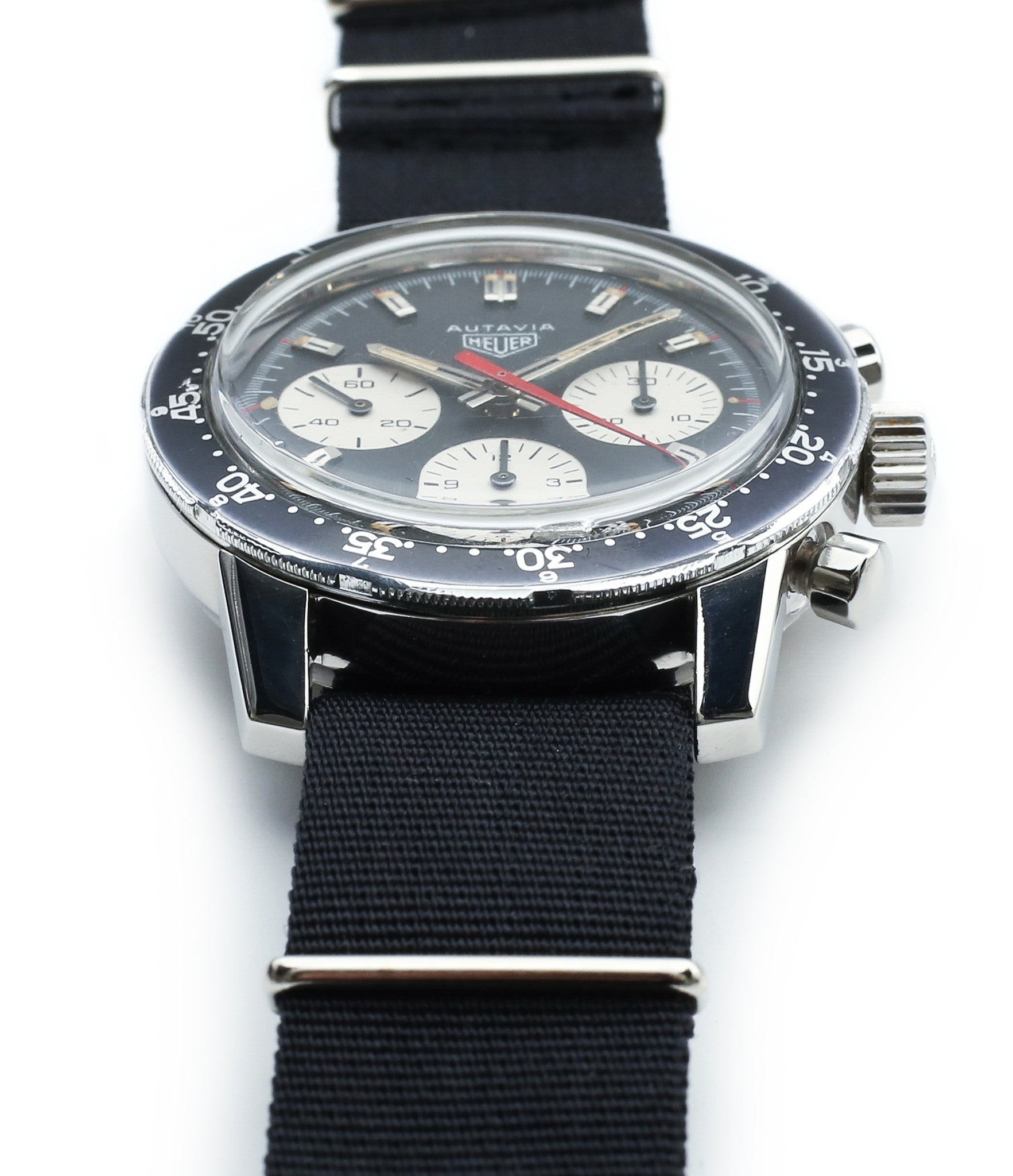 case buy vintage Heuer 2446C red hand chronograph steel watch online at WATCH XCHANGE London unrestored dial