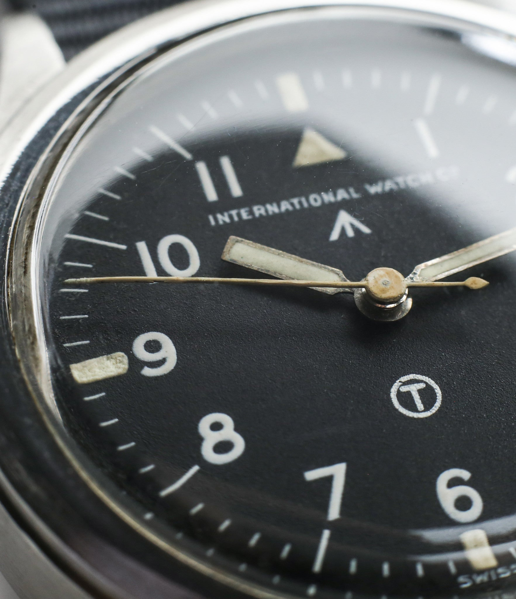 unrestored dial black on buy vintage IWC Mark XI RAF-issued British military pilot watch 6B/346 steel Cal. 89 manual-winding at WATCH XCHANGE London